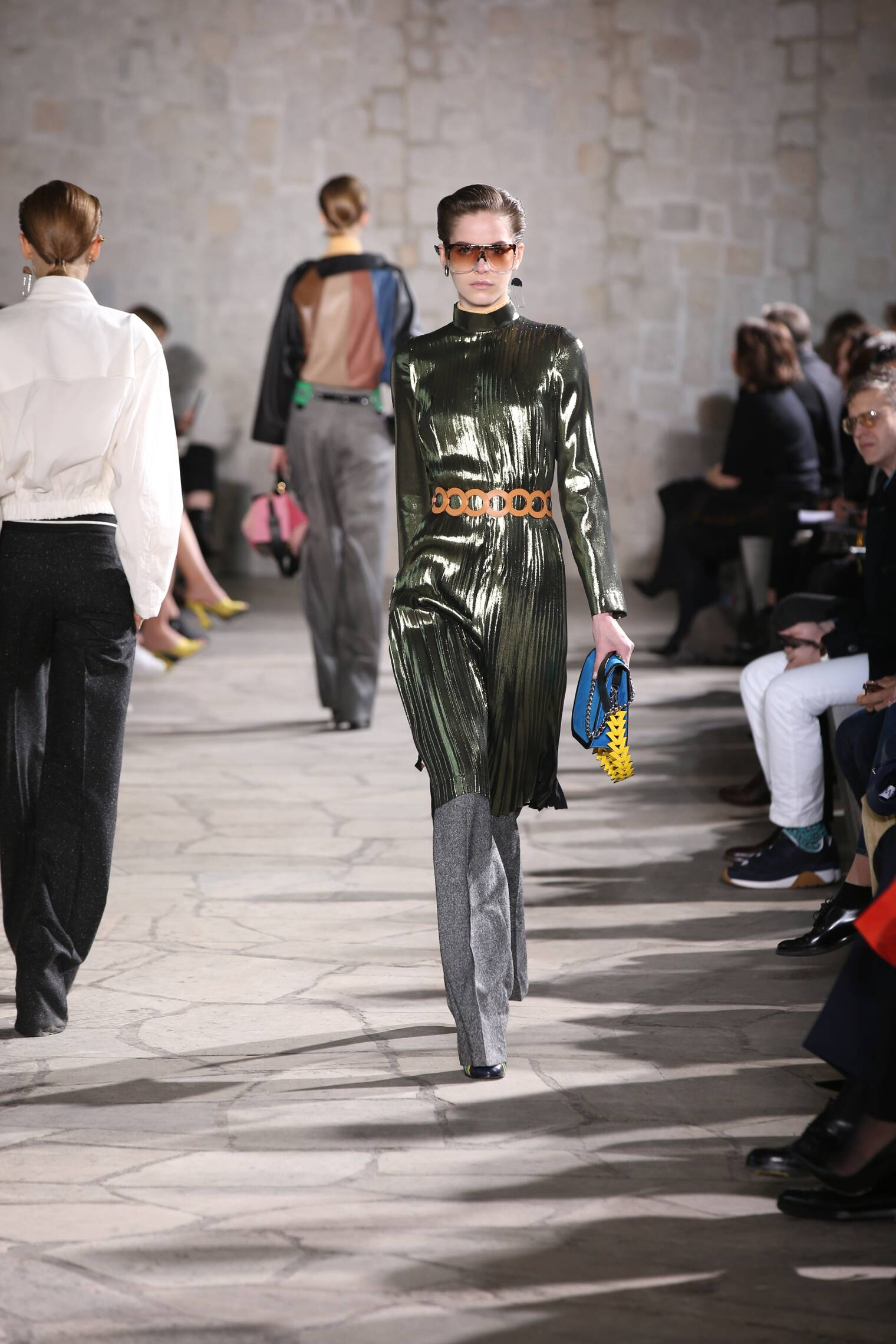 Loewe Fall Winter 2015 16 Womenswear Collection Paris Fashion Week Fashion Show