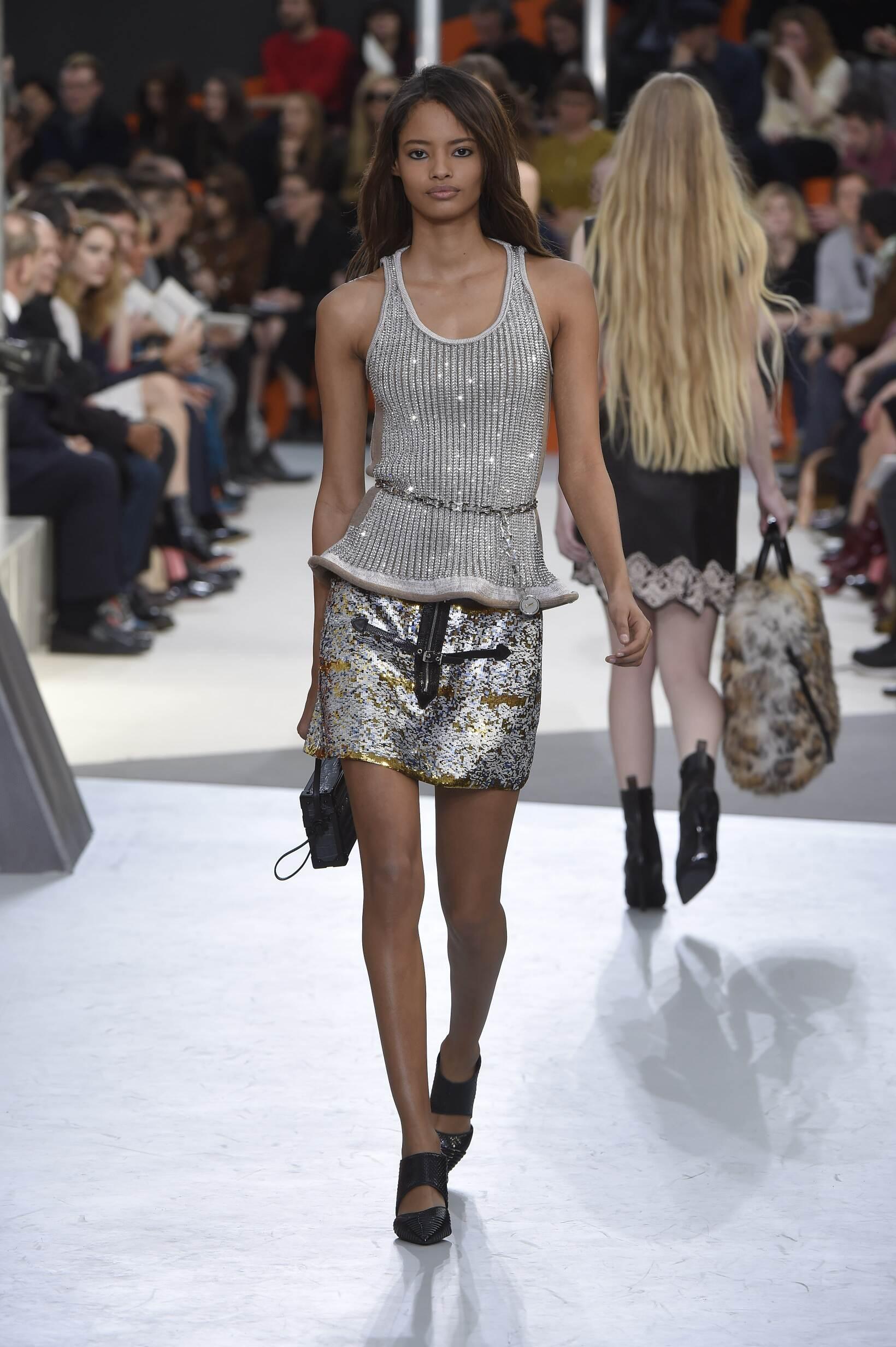 Louis Vuitton Collection Fashion Show FW 2015 2016