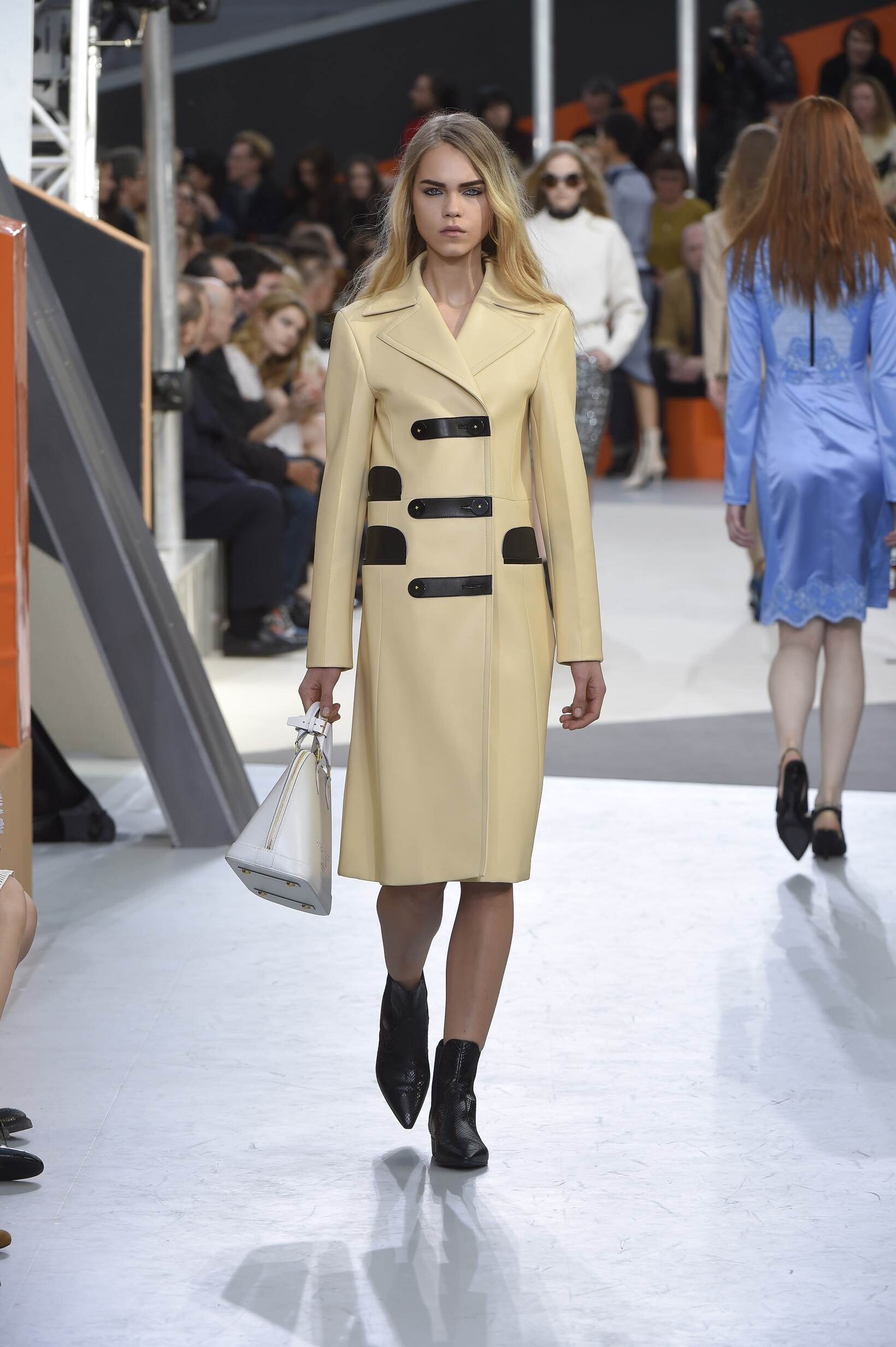 Louis Vuitton Collection Paris Fashion Week Womenswear