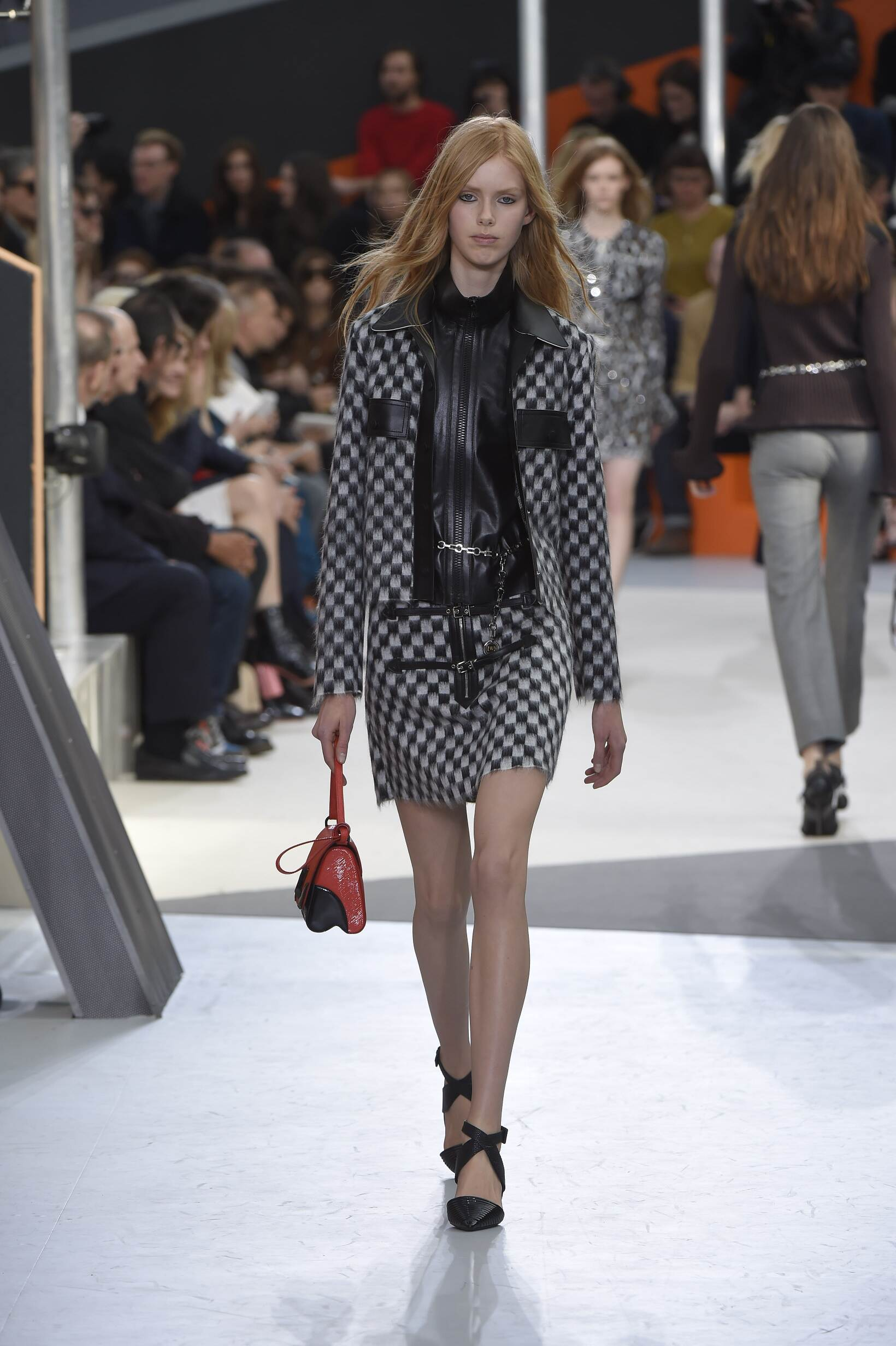 Louis Vuitton Collection Woman Paris Fashion Week
