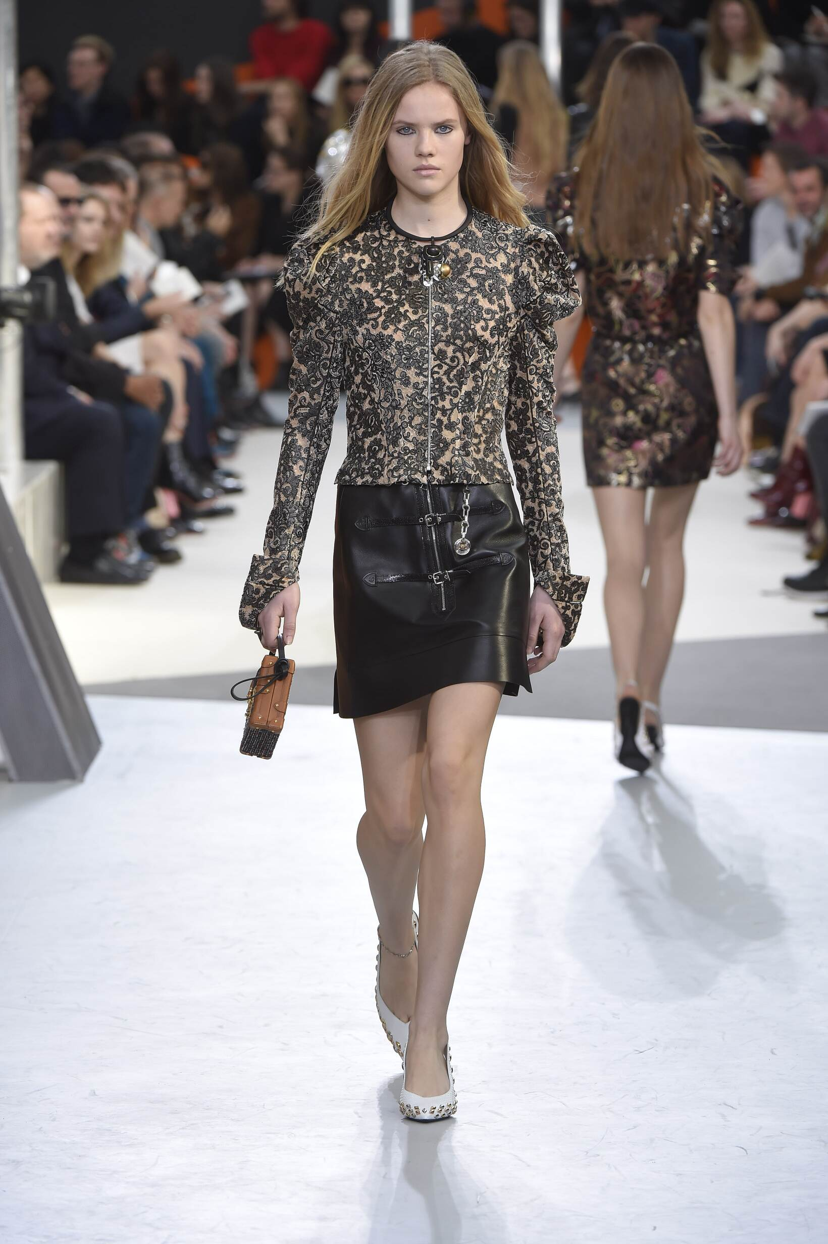 Louis Vuitton Fall Winter 2015 16 Women's Collection Paris Fashion Week