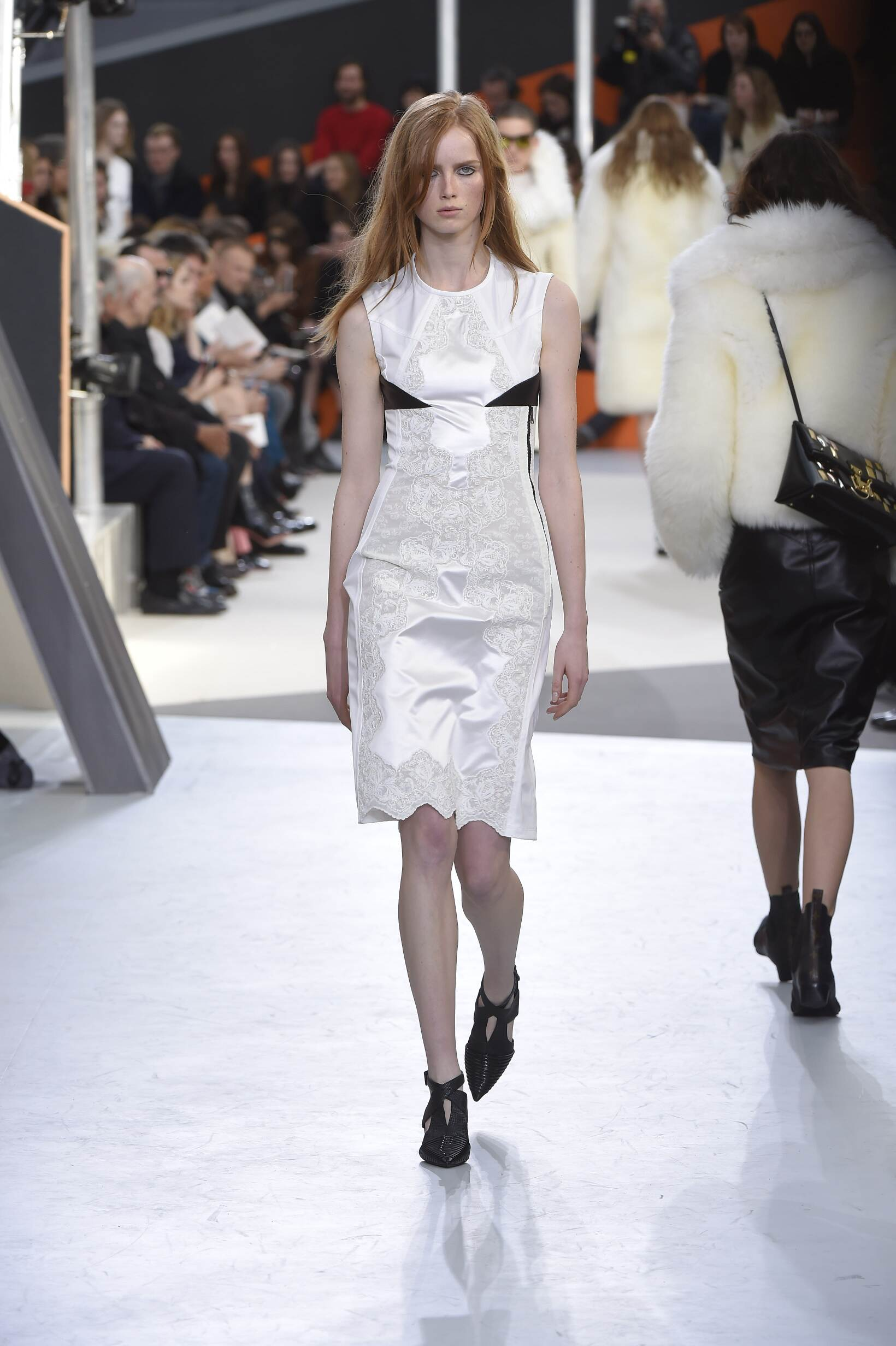 Louis Vuitton Fall Winter 2015 16 Womenswear Collection Paris Fashion Week Fashion Show