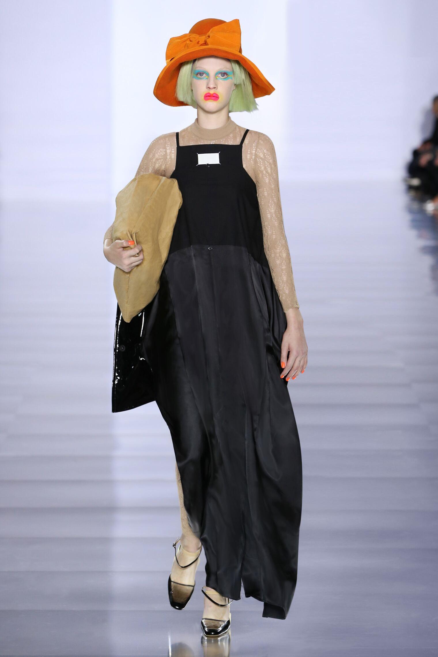 Maison Margiela Collection Paris Fashion Week Womenswear
