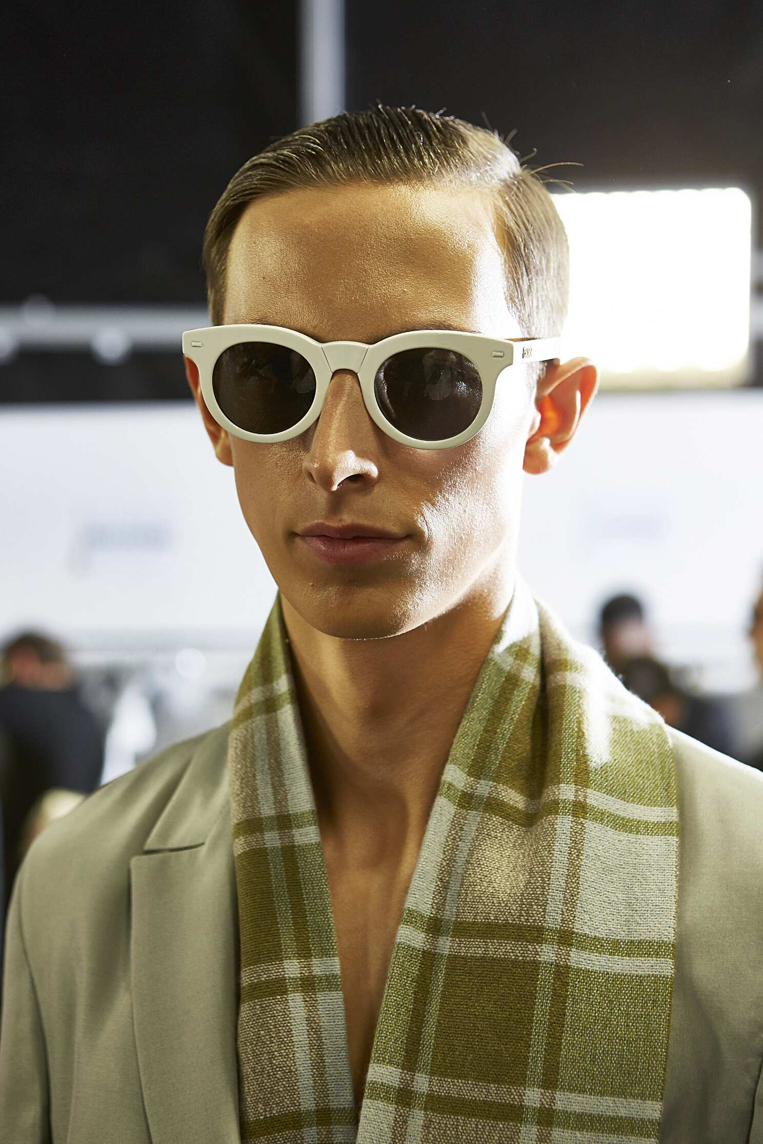 Model Ermenegildo Zegna Couture Backstage SS 2016
