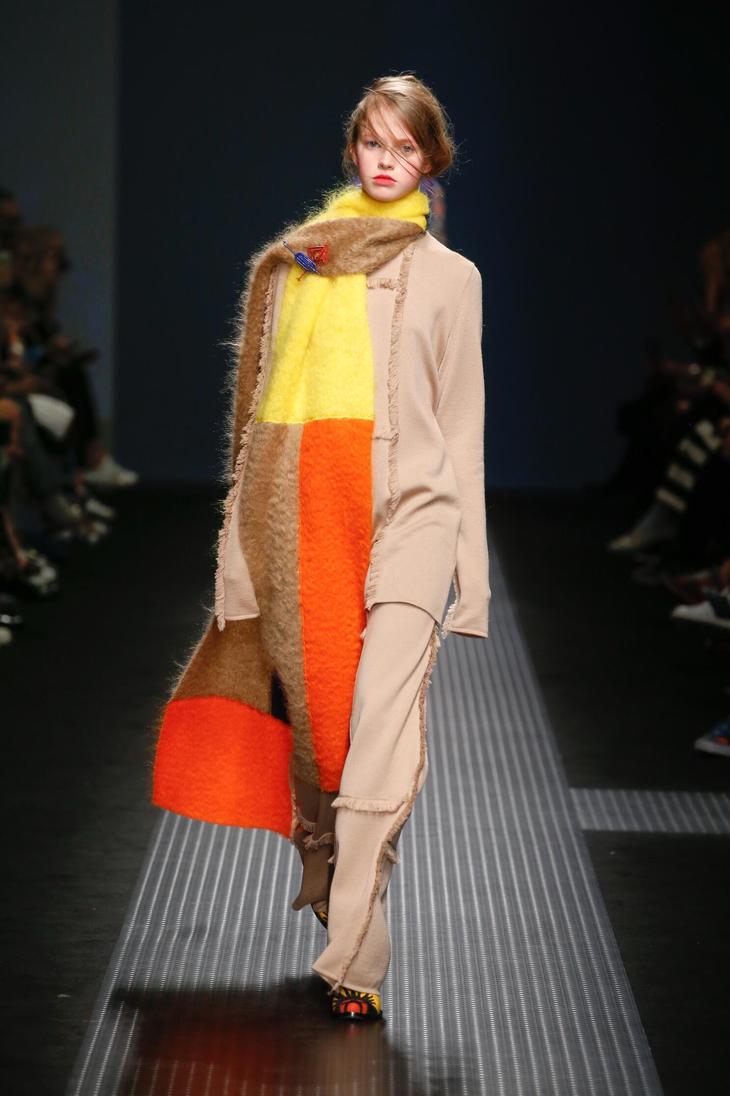 Msgm Fall Winter 2015 16 Womens Collection Milan Fashion Week
