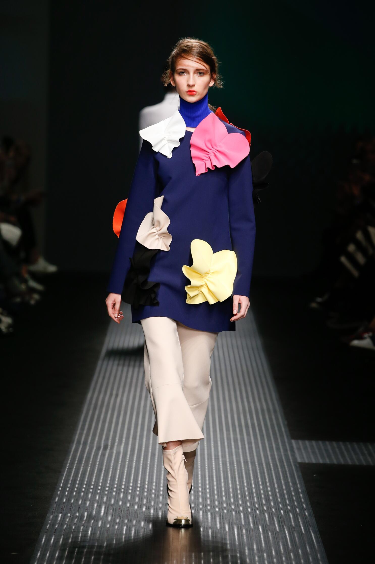 Msgm Fall Winter 2015 16 Womenswear Collection Milan Fashion Week Fashion Show