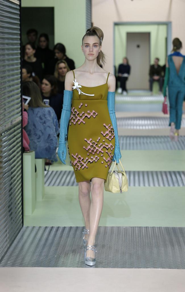 Prada Fall Winter 2015 16 Womenswear Collection Milan Fashion Week Fashion Show