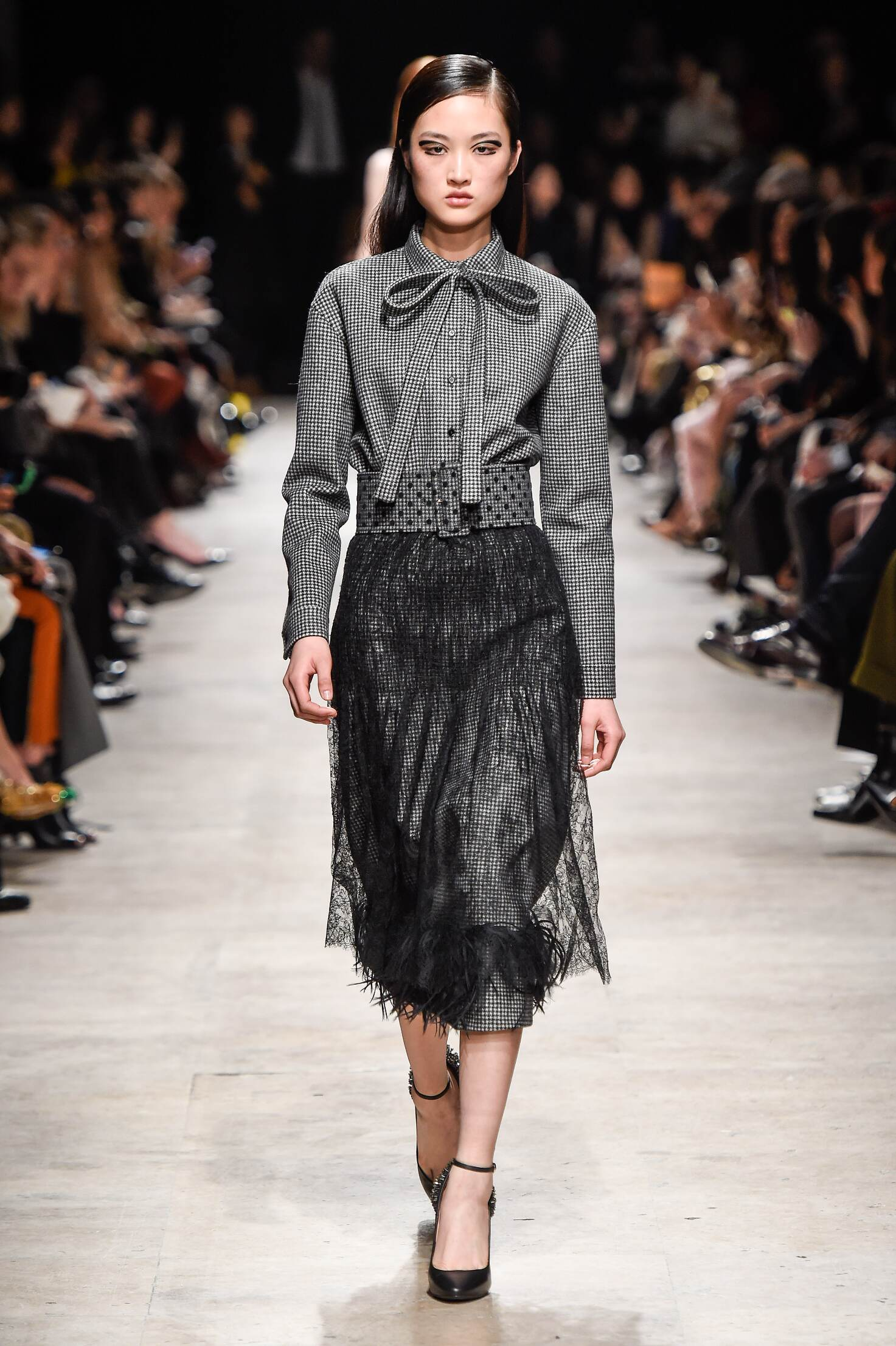 Rochas Collection Winter 2015 Catwalk