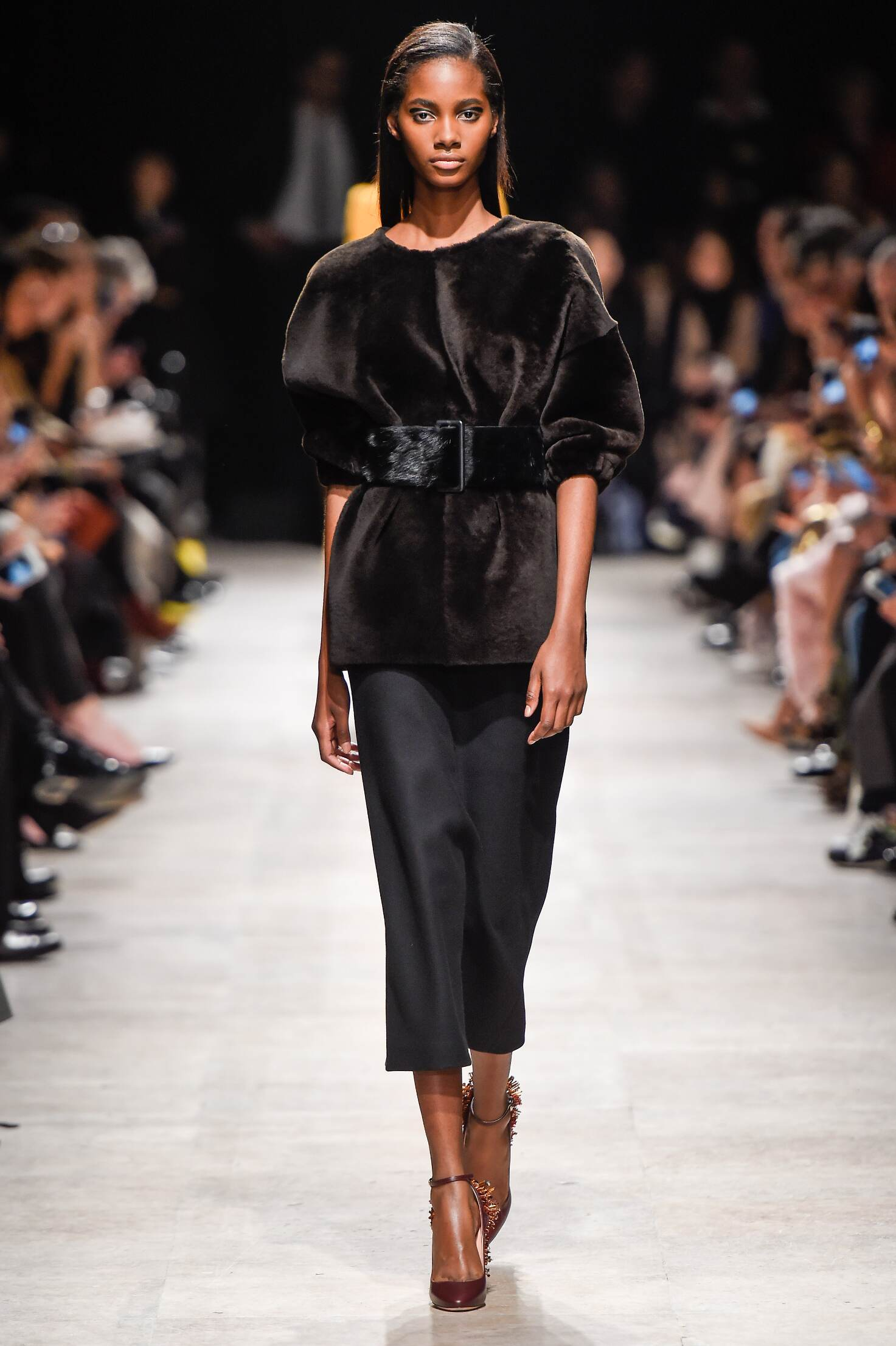Rochas Fall Winter 2015 16 Womenswear Collection Paris Fashion Week Fashion Show