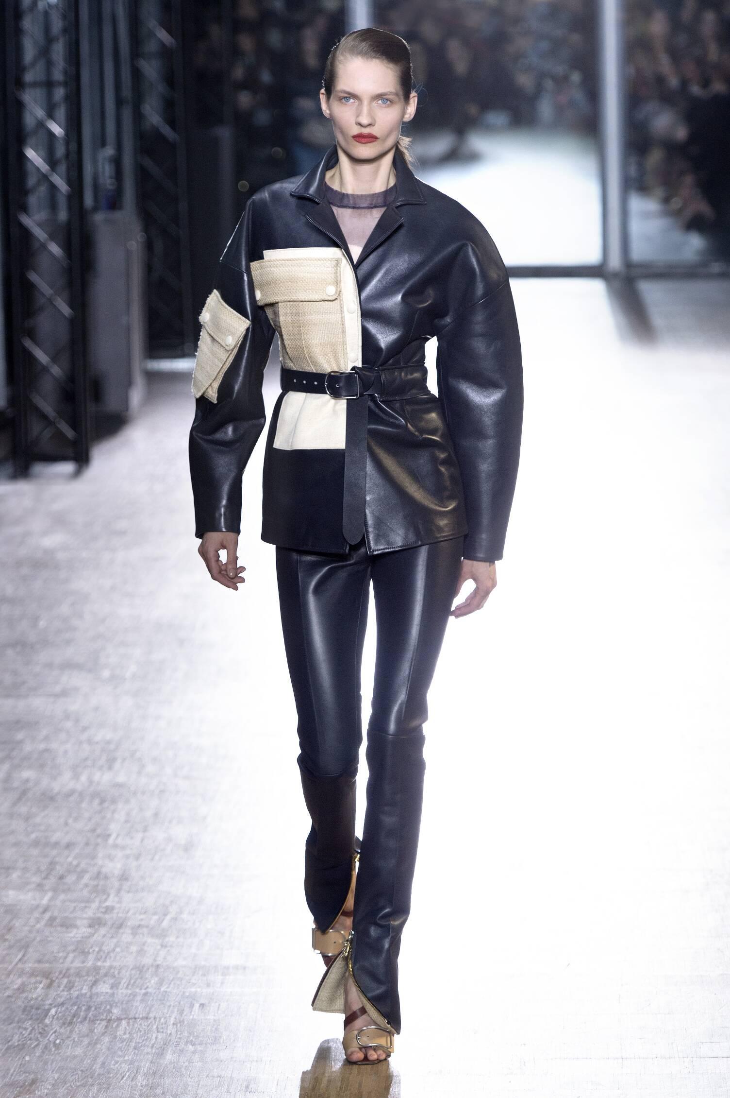 Runway Acne Studios Fall Winter 2015 16 Women's Collection Paris Fashion Week