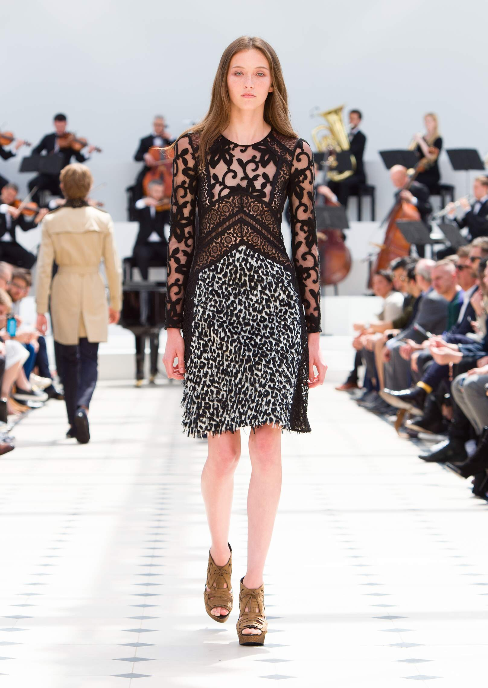 Runway Burberry Prorsum Fashion Show Summer 2016