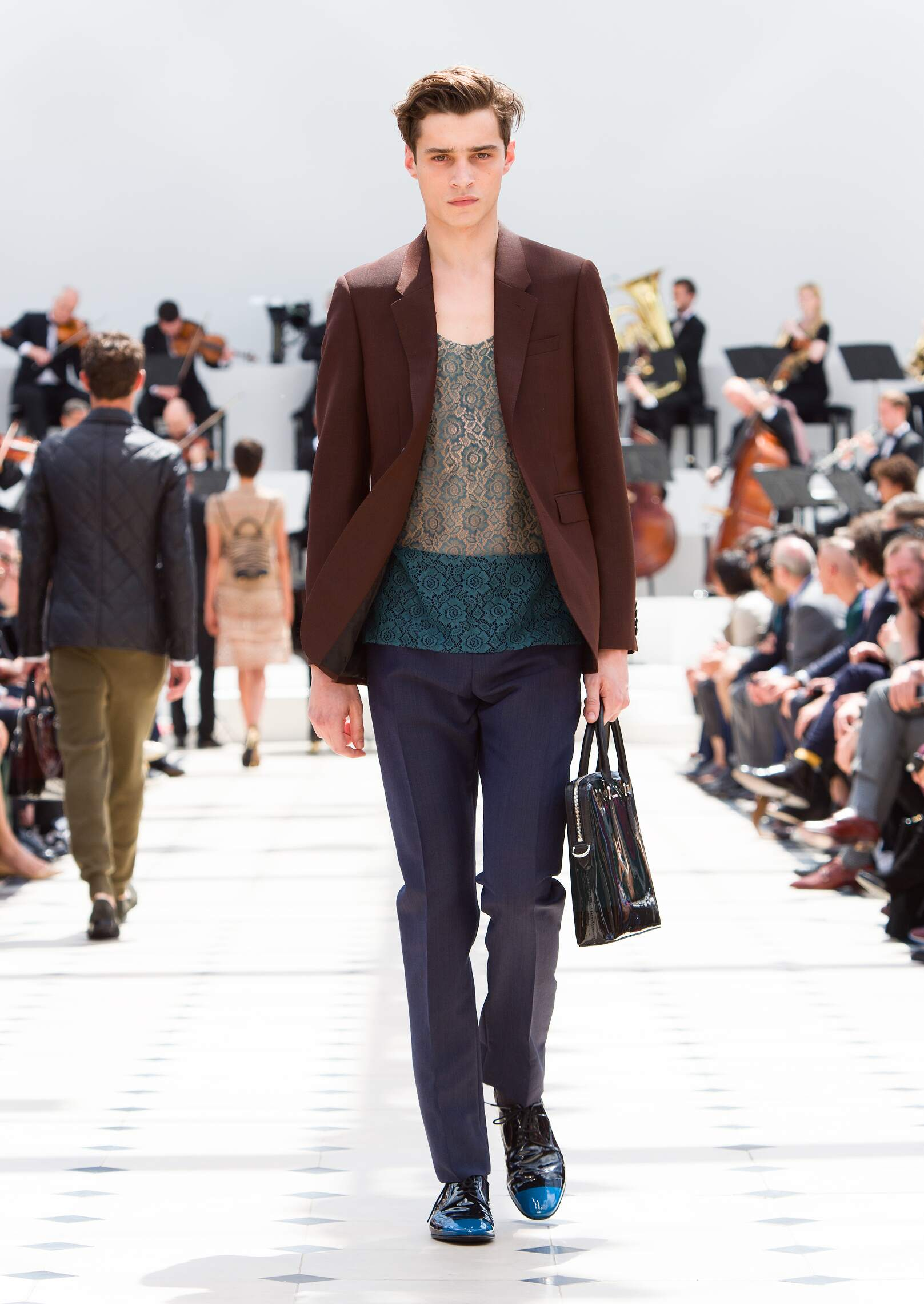 Runway Burberry Prorsum Spring Summer 2016 Men's Collection London Fashion Week