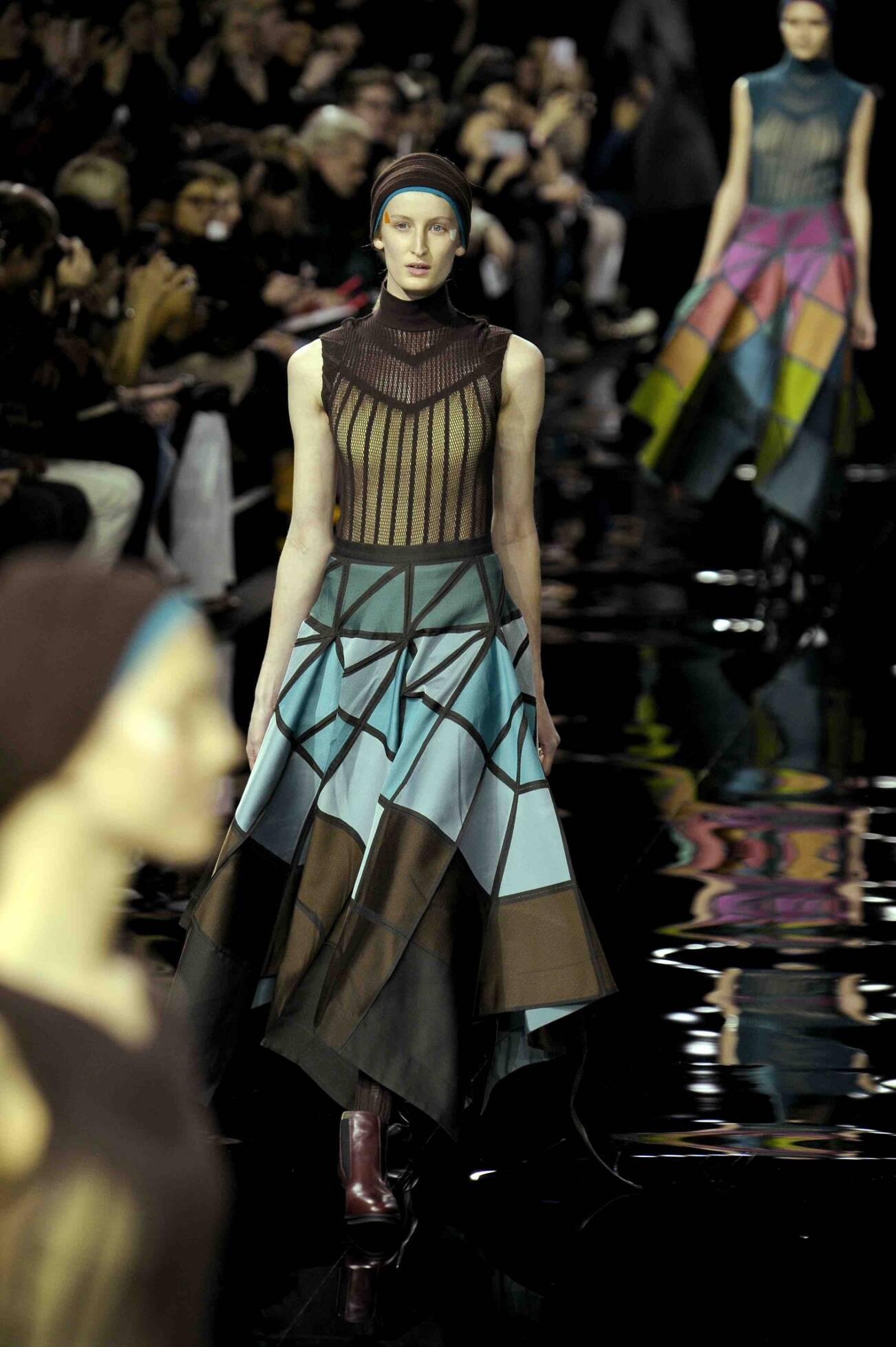 Runway Issey Miyake Fashion Show Winter 2015