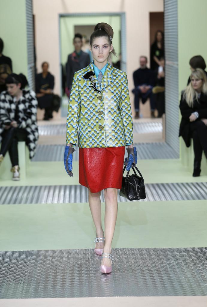 Runway Prada Fall Winter 2015 16 Women's Collection Milan Fashion Week