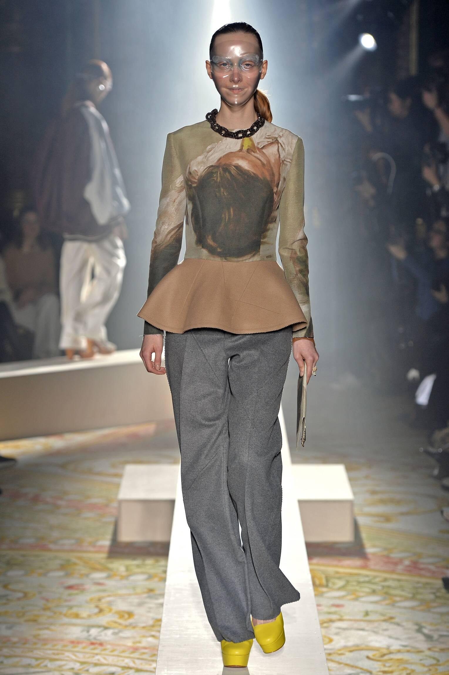 Runway Undercover Fall Winter 2015 16 Women's Collection Paris Fashion Week