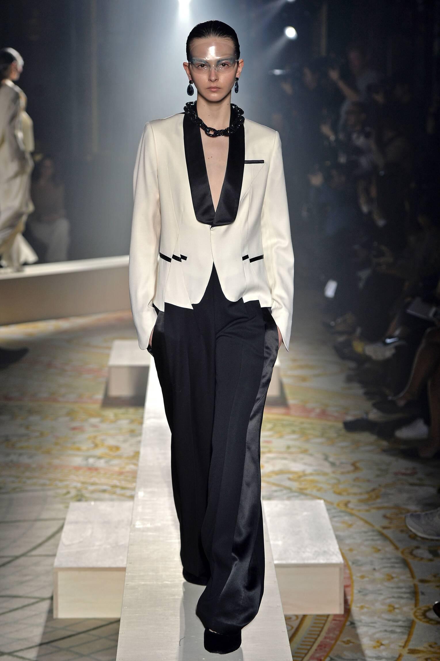 Runway Undercover Fashion Show Winter 2015