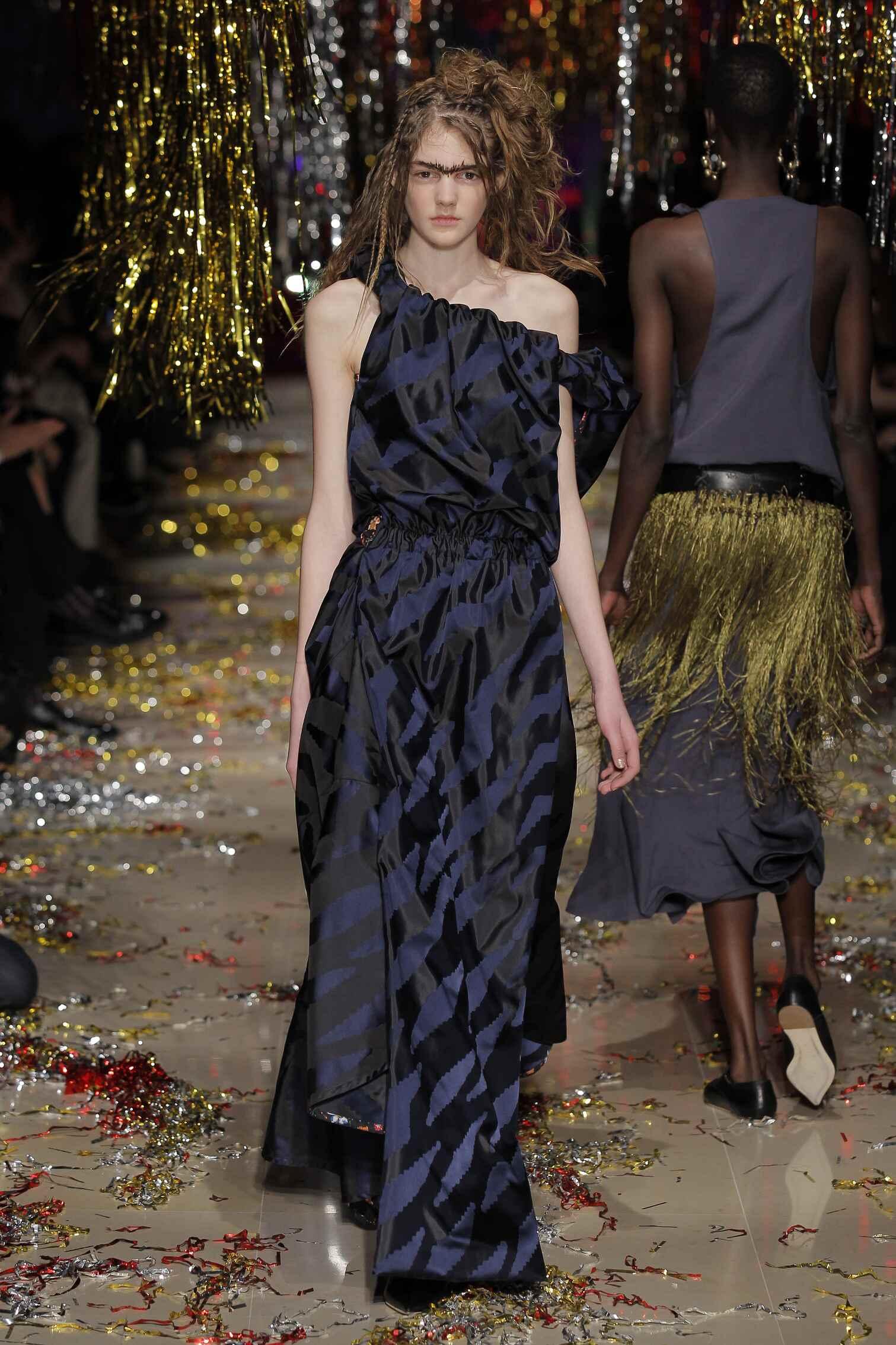 Runway Vivienne Westwood Gold Label Fashion Show Winter 2015