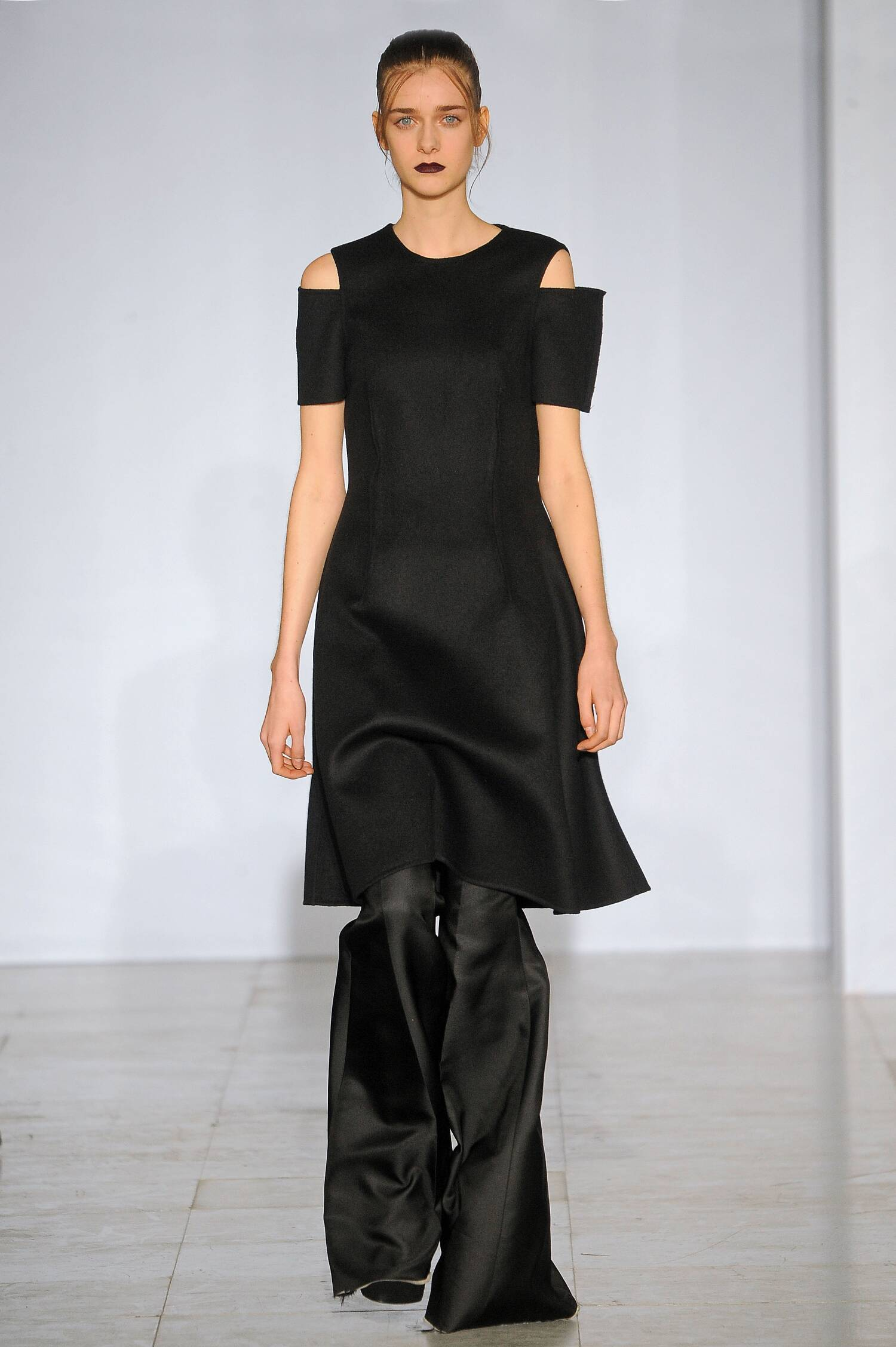 Runway Yang Li Fall Winter 2015 16 Women's Collection Paris Fashion Week