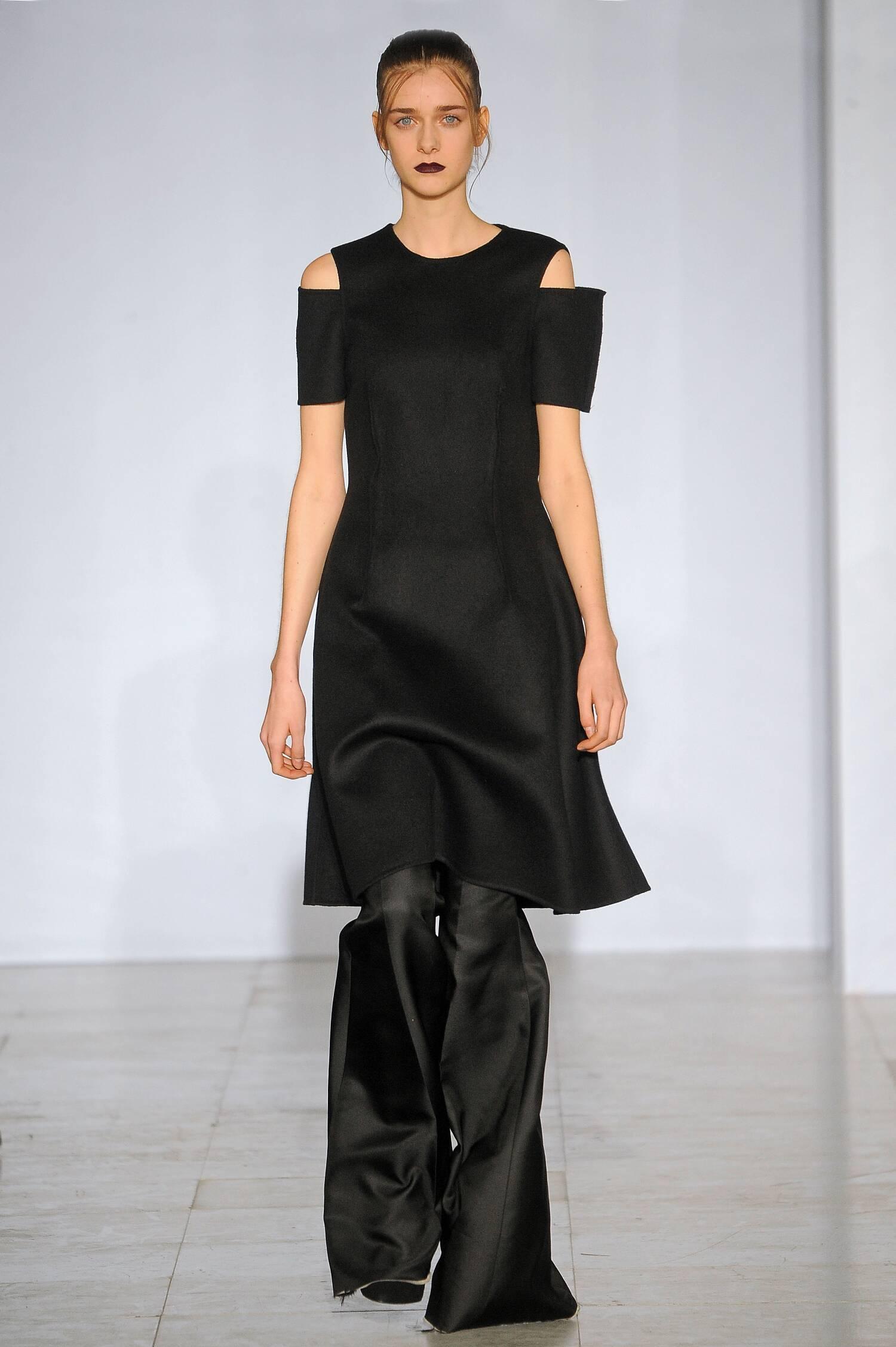 Runway Yang Li Fall Winter 2015 16 Women's Collection Paris Fashion Week