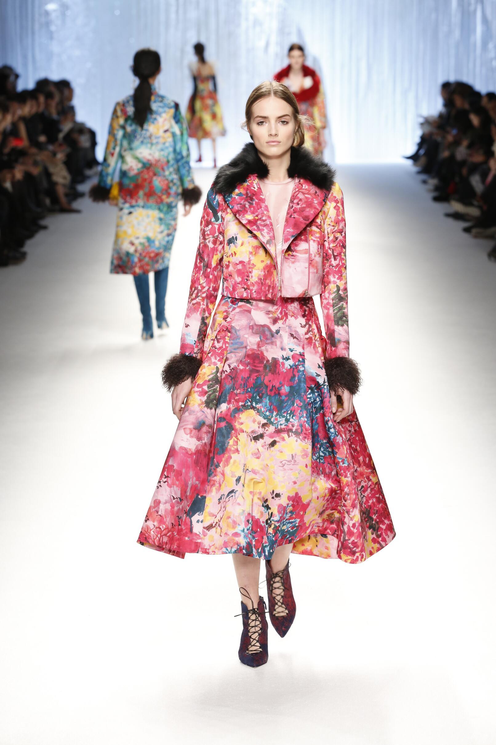 Shiatzy Chen Collection Fashion Trends