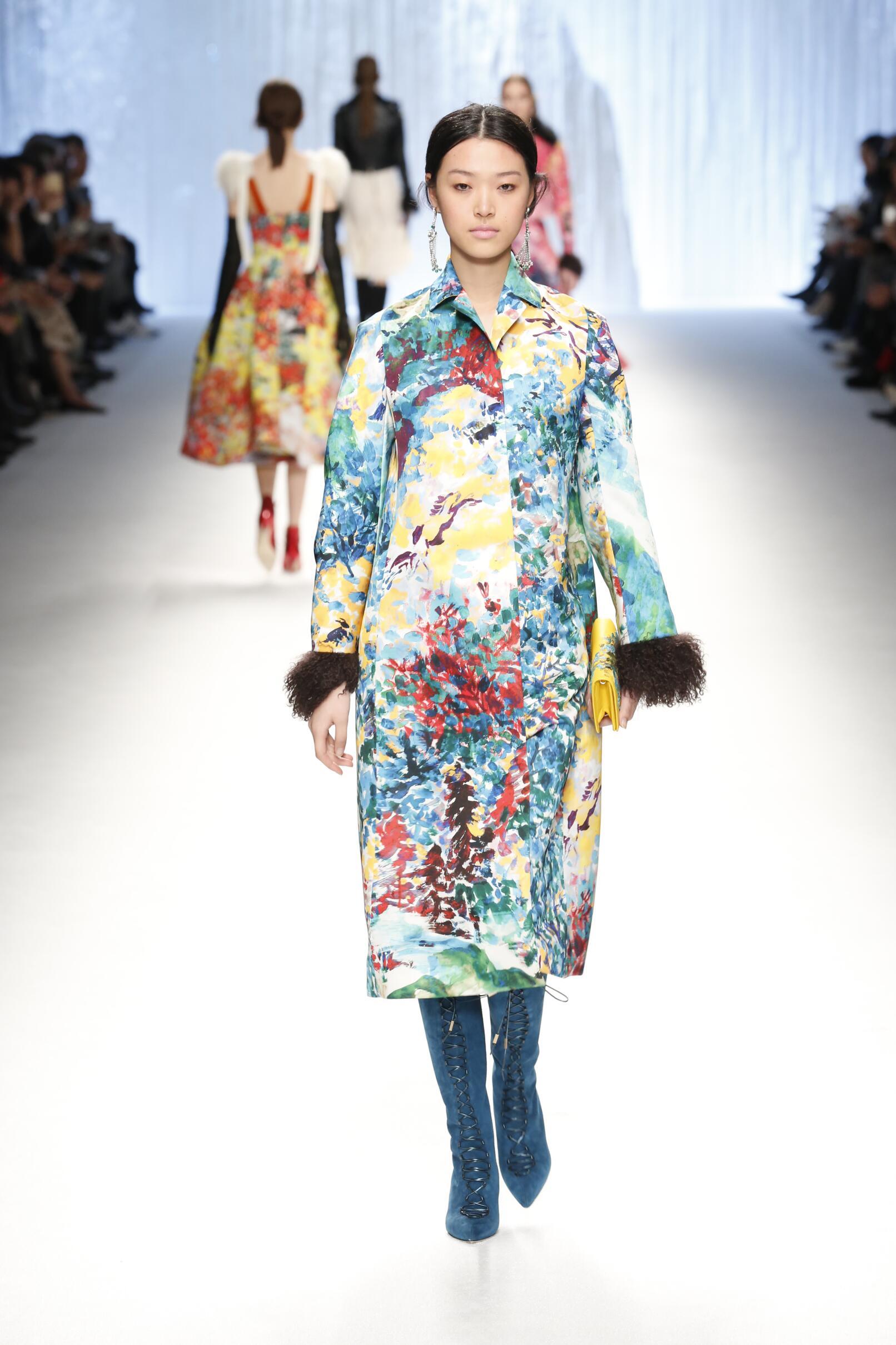 Shiatzy Chen Collection Women Style