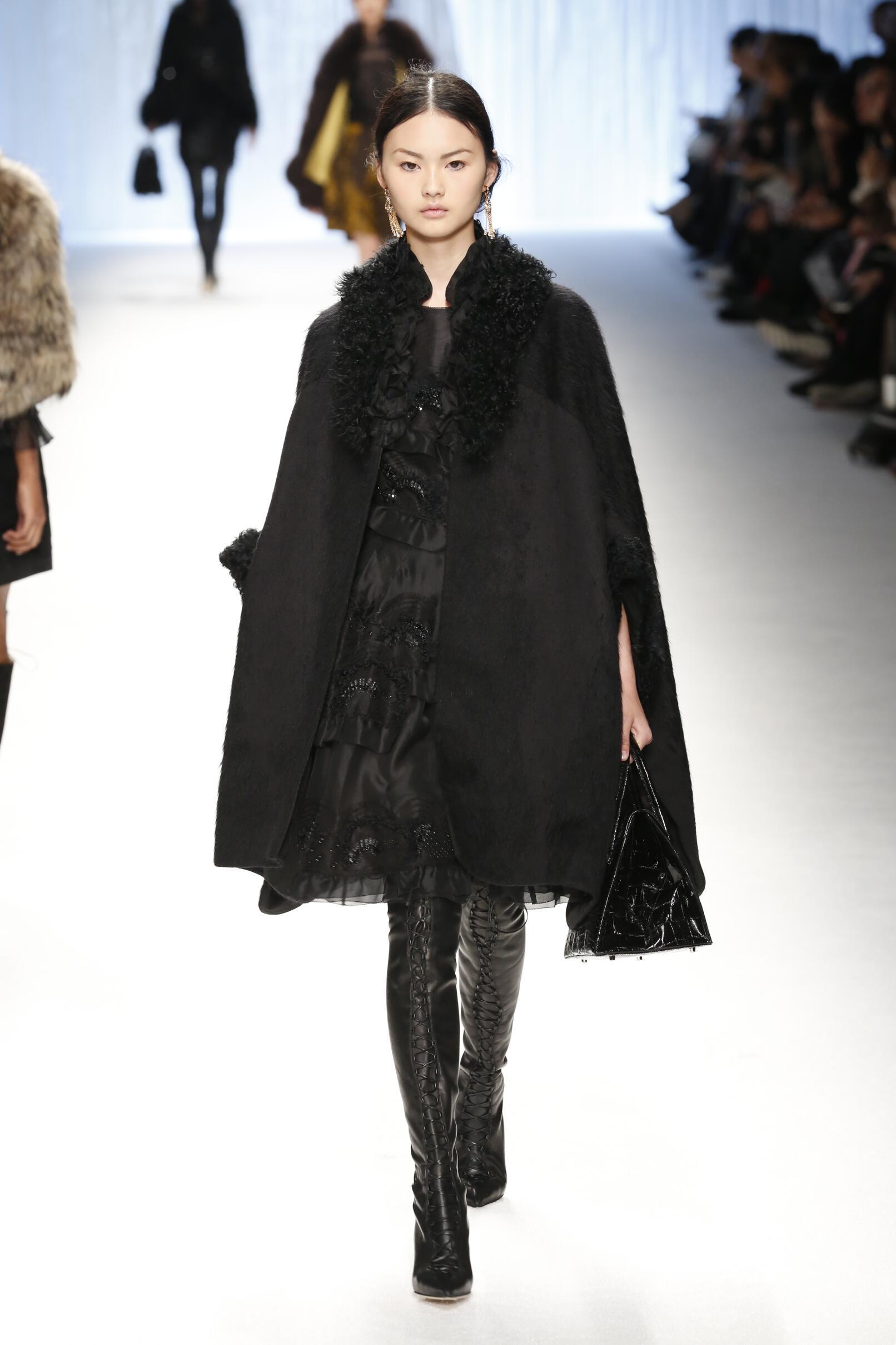 Shiatzy Chen Fashion