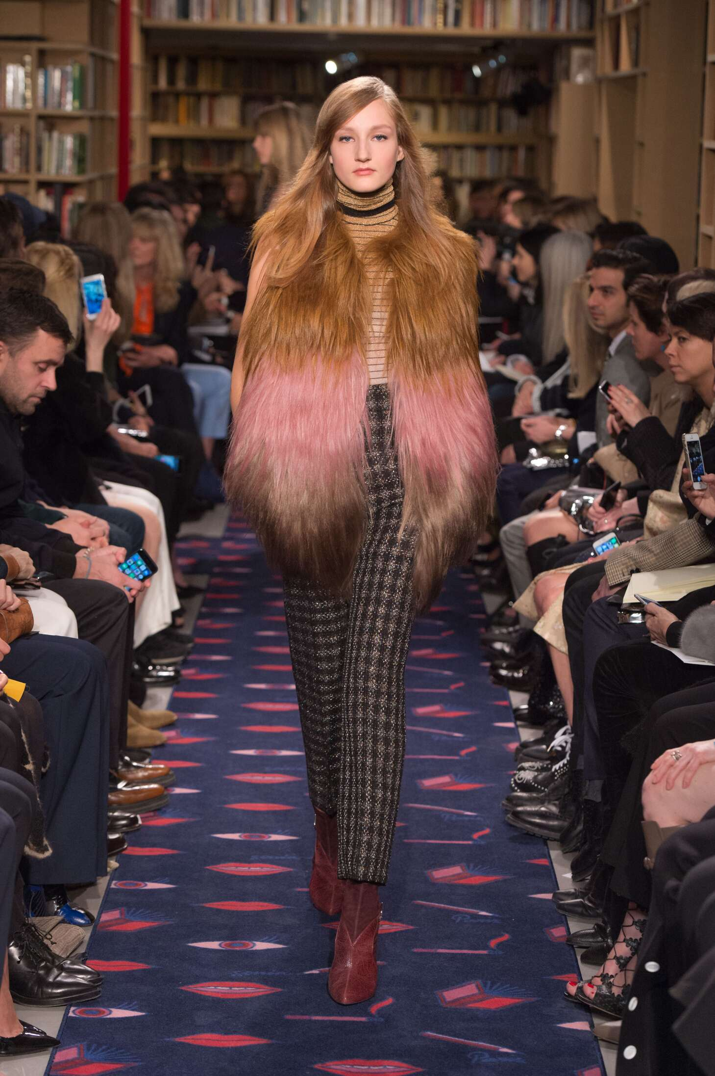 Sonia Rykiel Collection Fall 2015 Catwalk