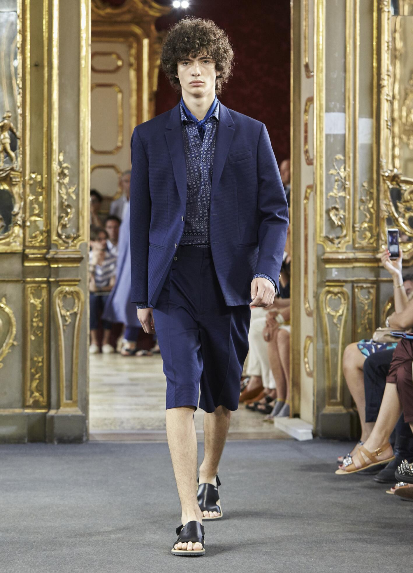 Spring 2016 Men Fashion Show Corneliani Collection