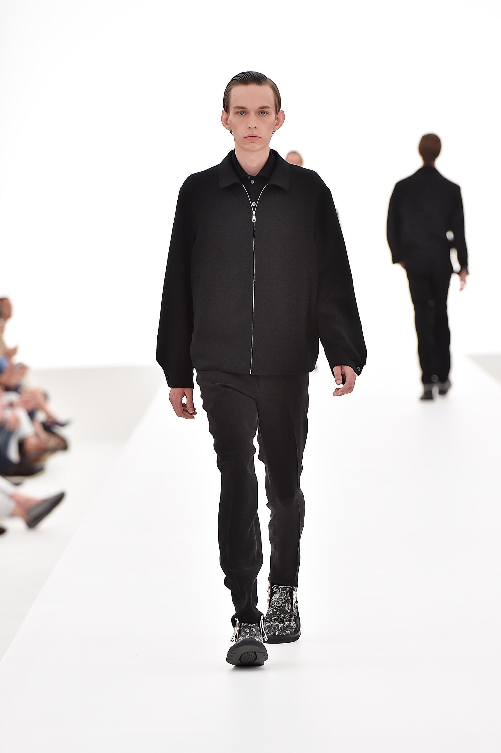 Spring 2016 Men Fashion Show Ermenegildo Zegna Couture Collection