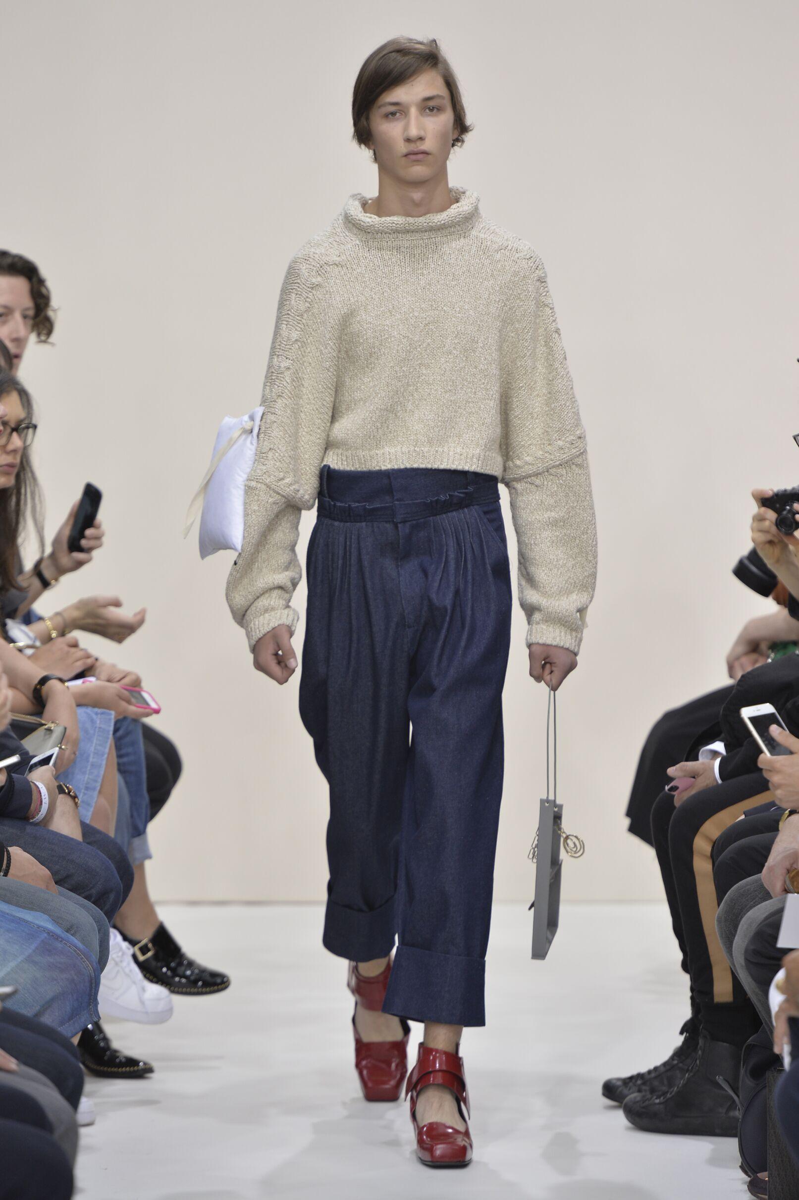 Spring 2016 Men Fashion Show J.W. Anderson Collection