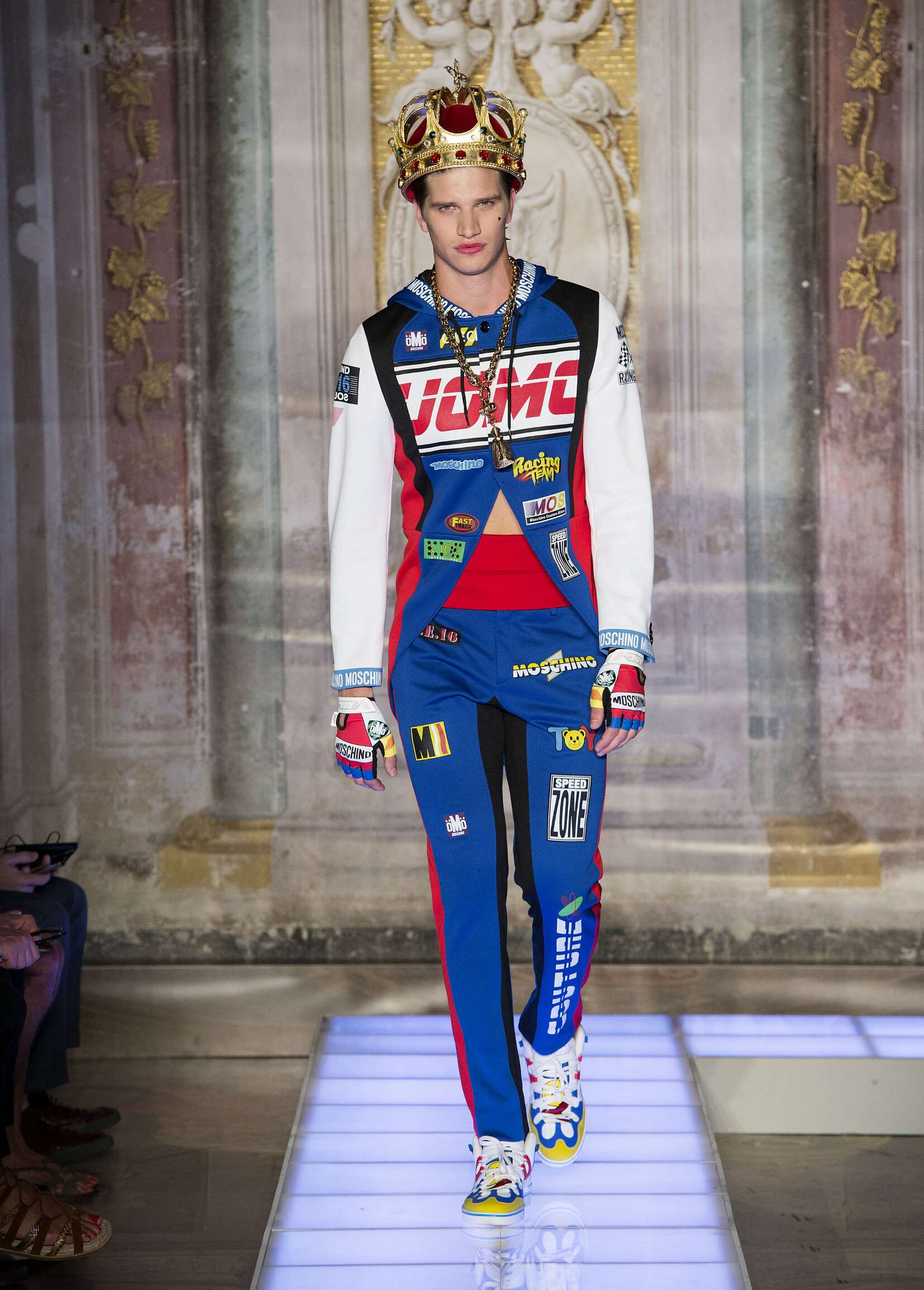 Spring Fashion Man Moschino Collection