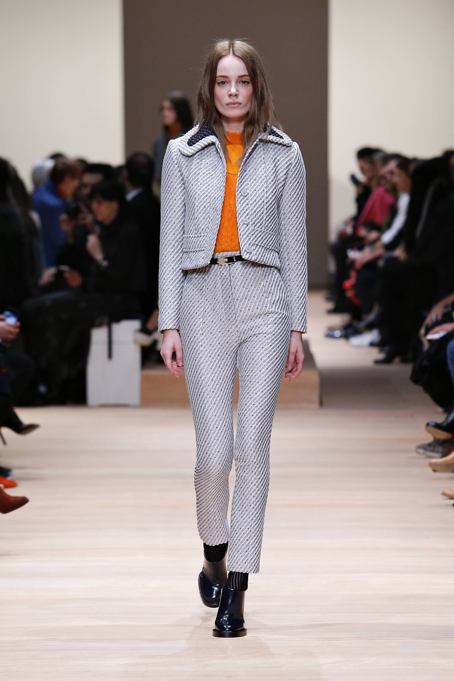Style Women Carven Collection