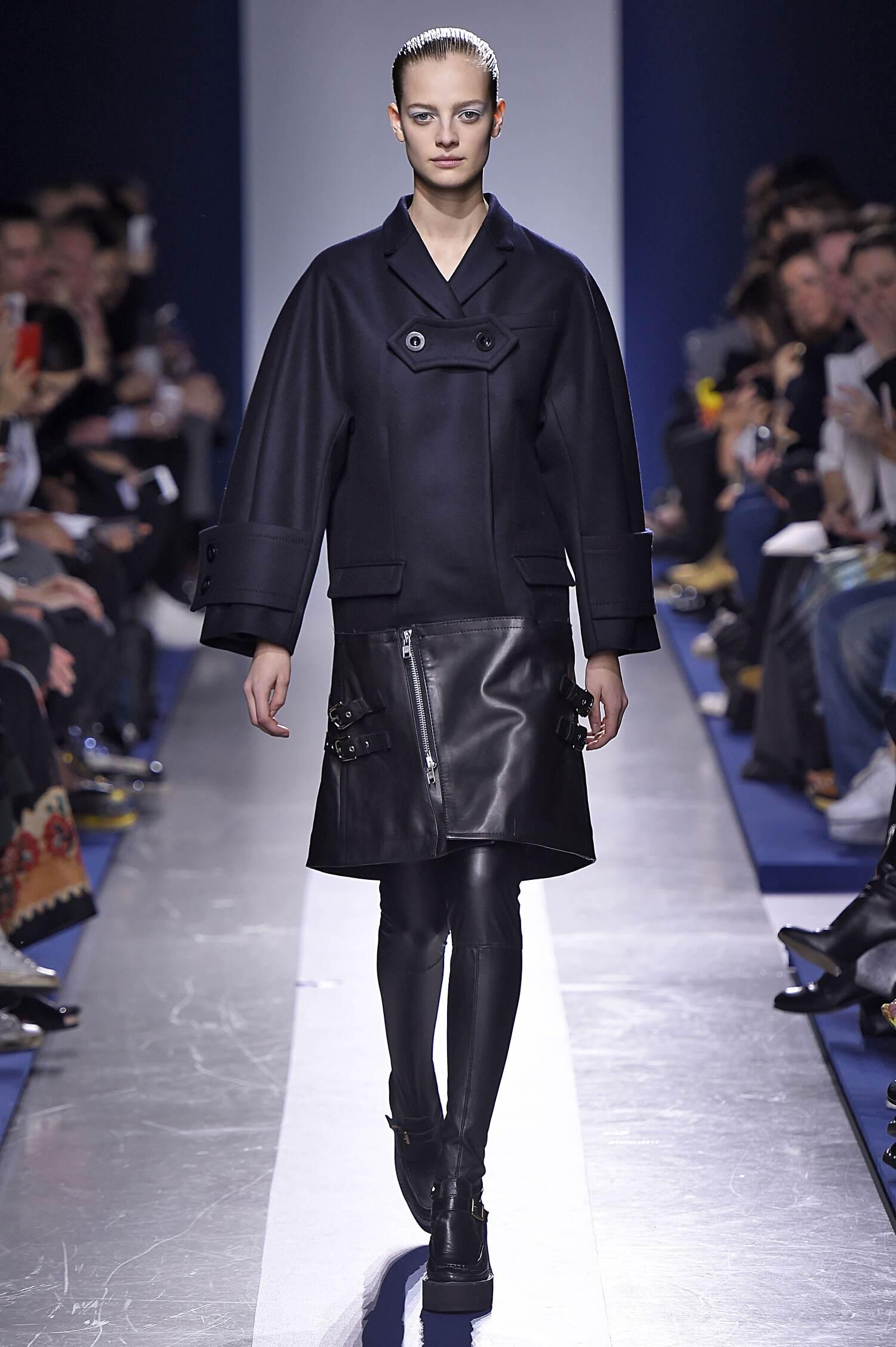 Style Women Sacai Collection