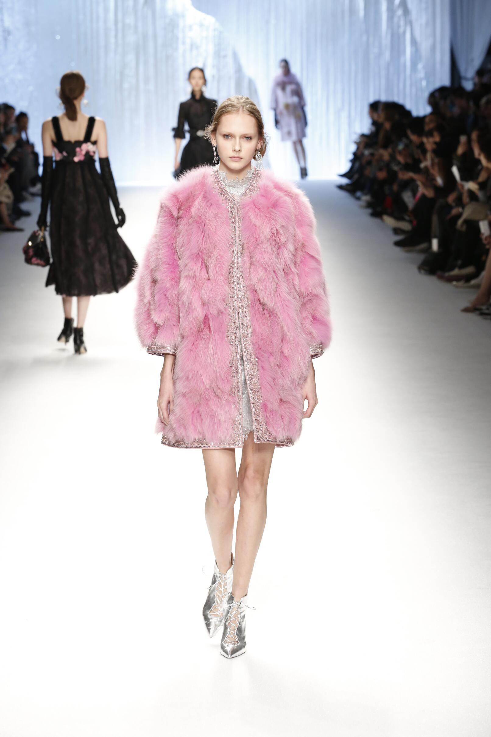 Style Women Shiatzy Chen Collection