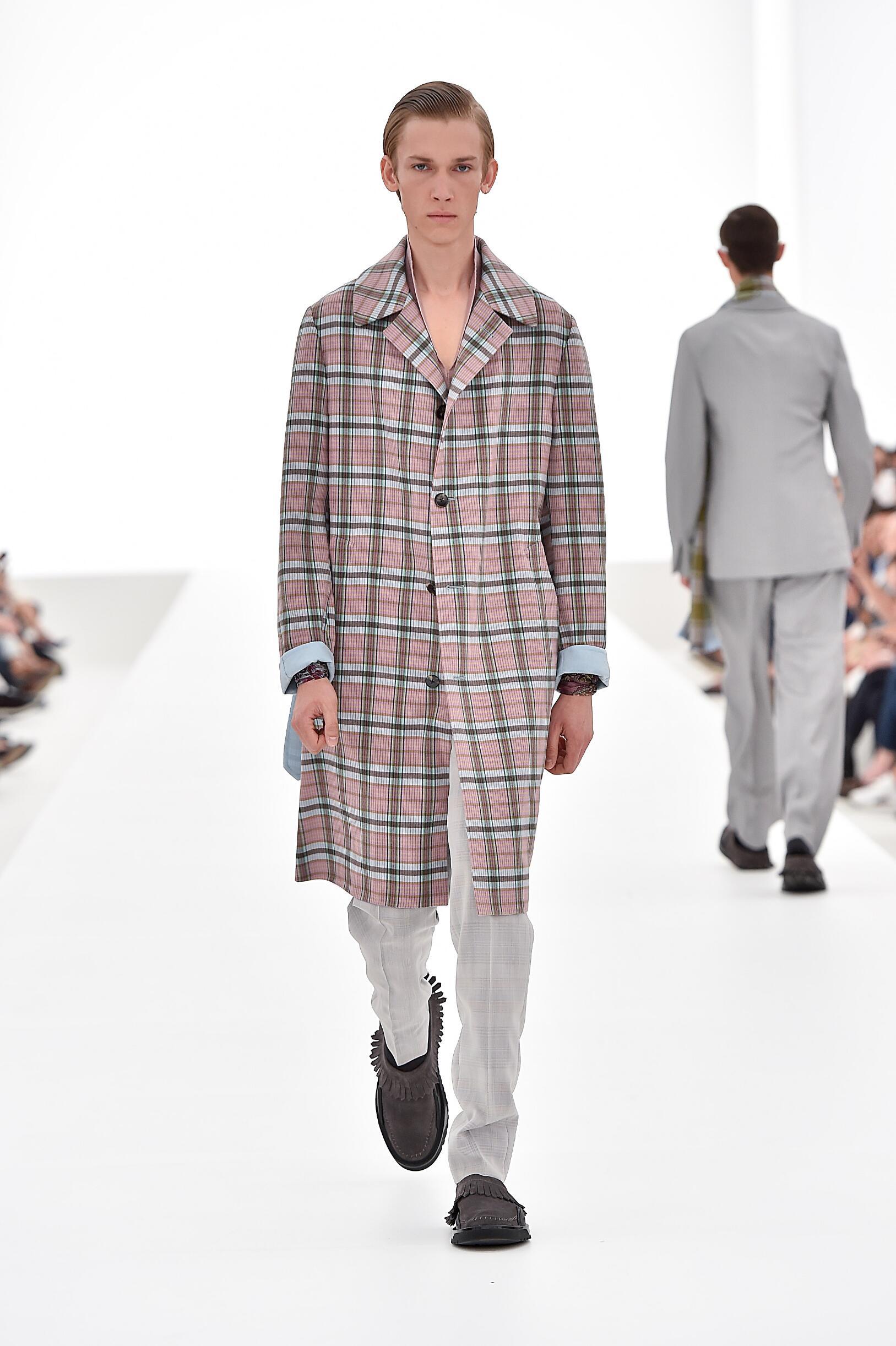 Summer 2016 Fashion Trends Ermenegildo Zegna Couture Collection