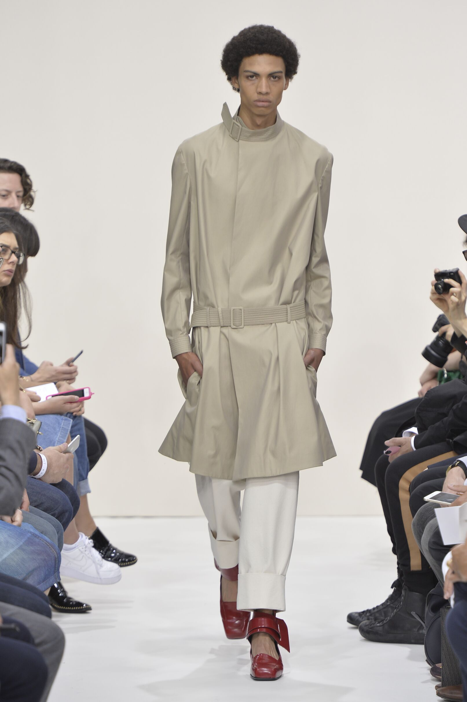 Summer 2016 Man Trends J.W. Anderson Collection