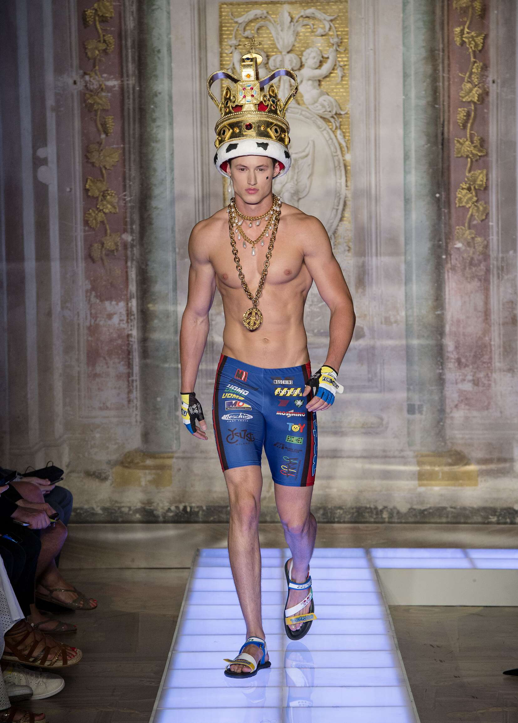 Summer 2016 Man Trends Moschino Collection