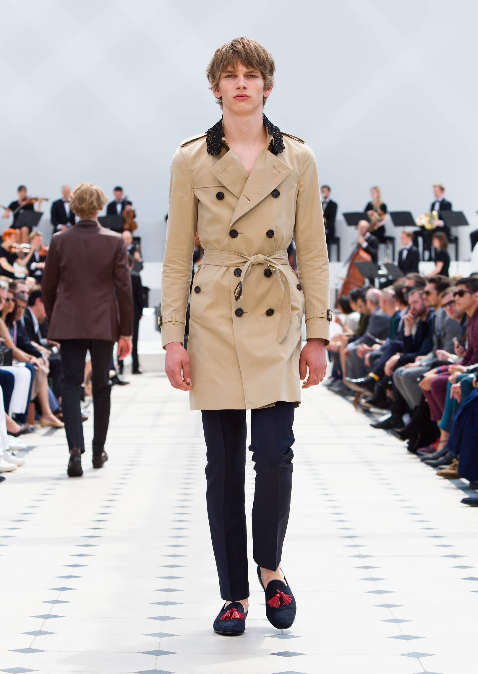 Summer 2016 Runway Burberry Prorsum