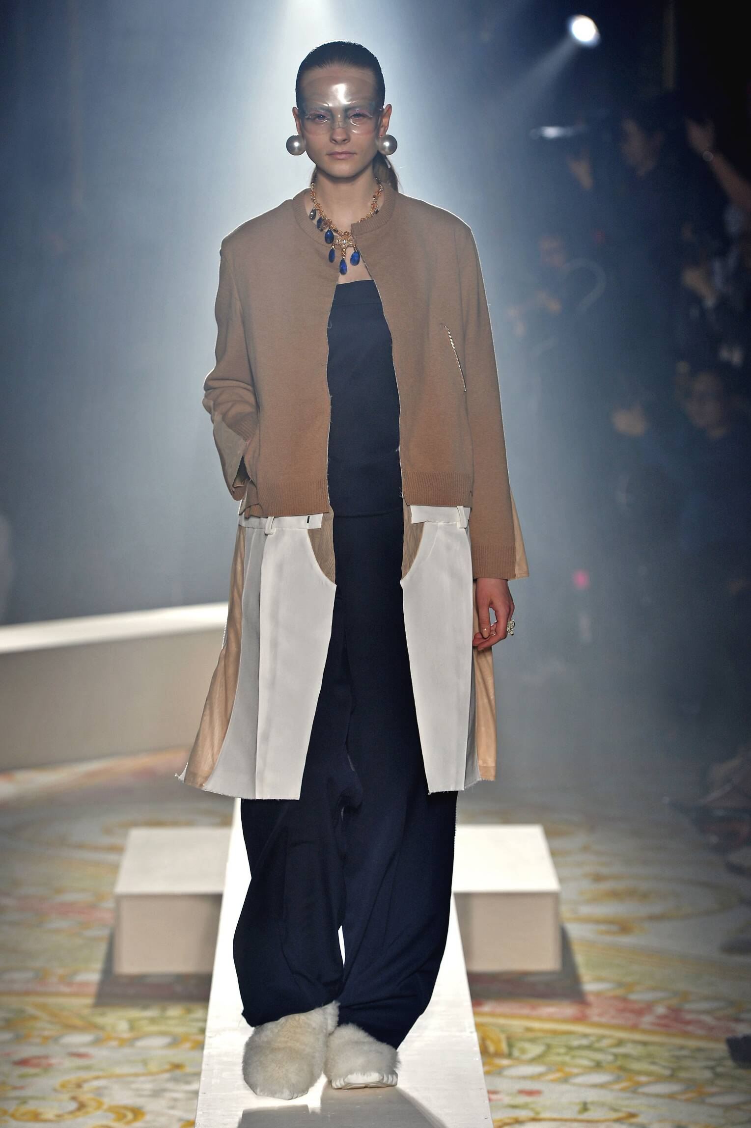 Undercover Collection Fall 2015 Catwalk