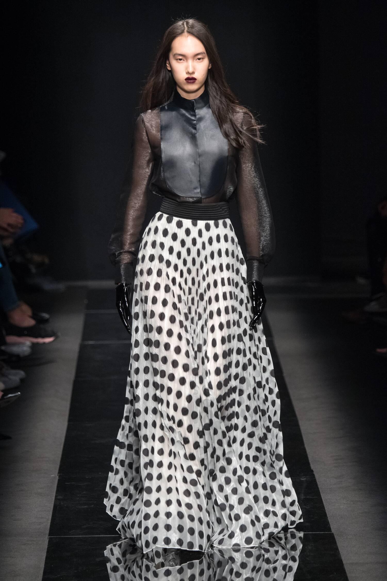Winter 2015 Fashion Show Emanuel Ungaro Collection