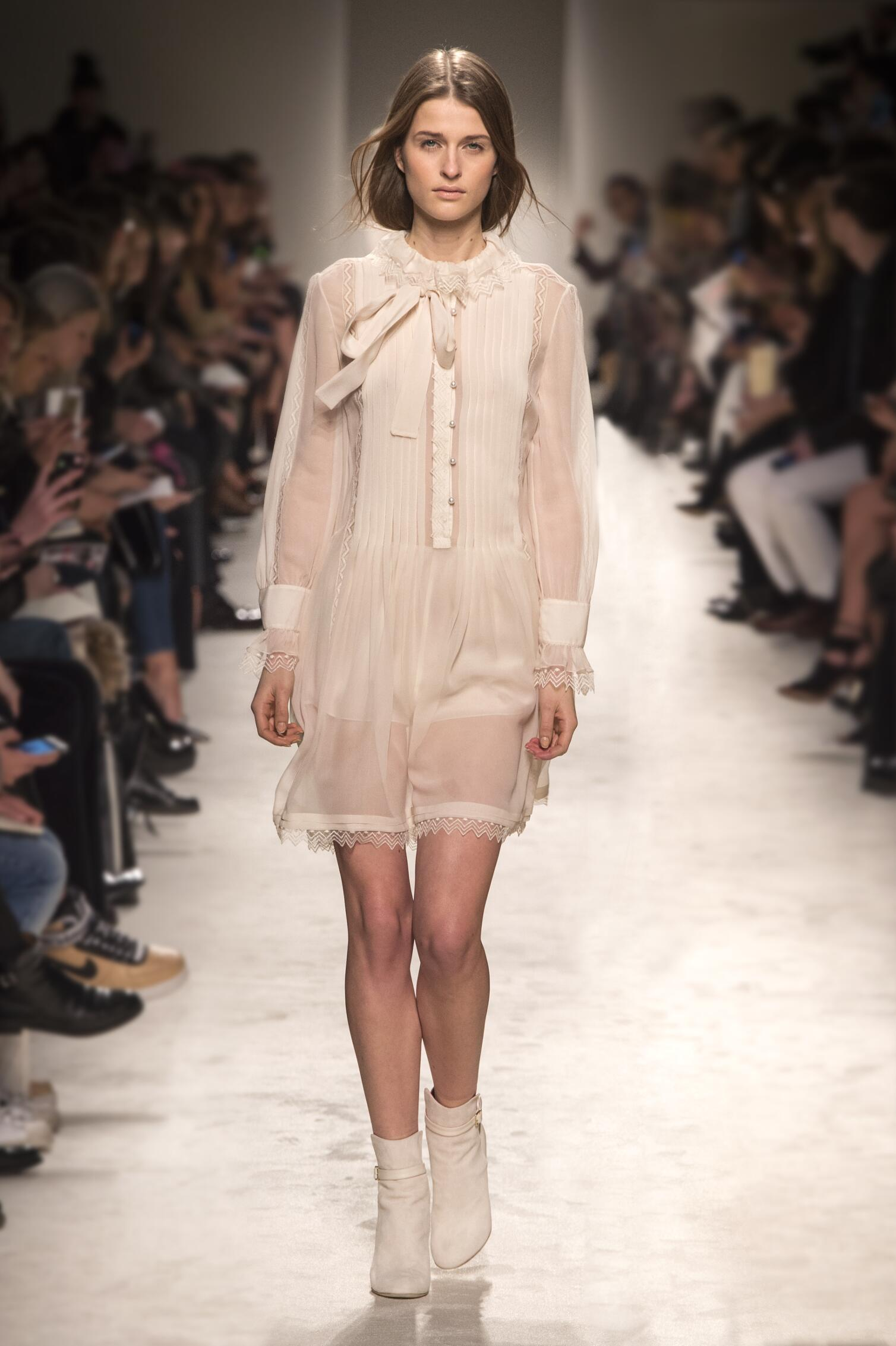 Winter 2015 Fashion Show Philosophy di Lorenzo Serafini Collection