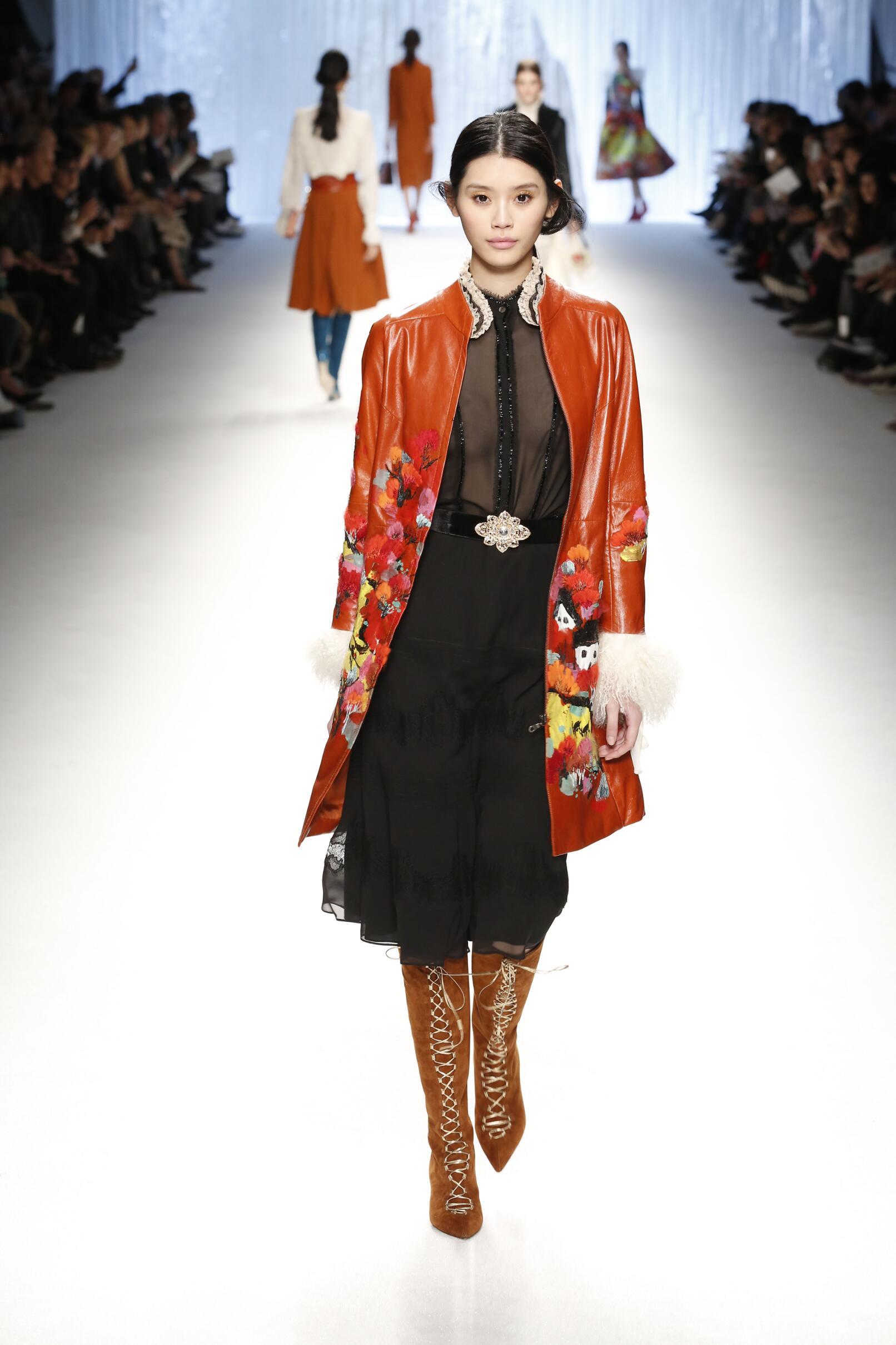 Winter 2015 Fashion Trends Shiatzy Chen Collection