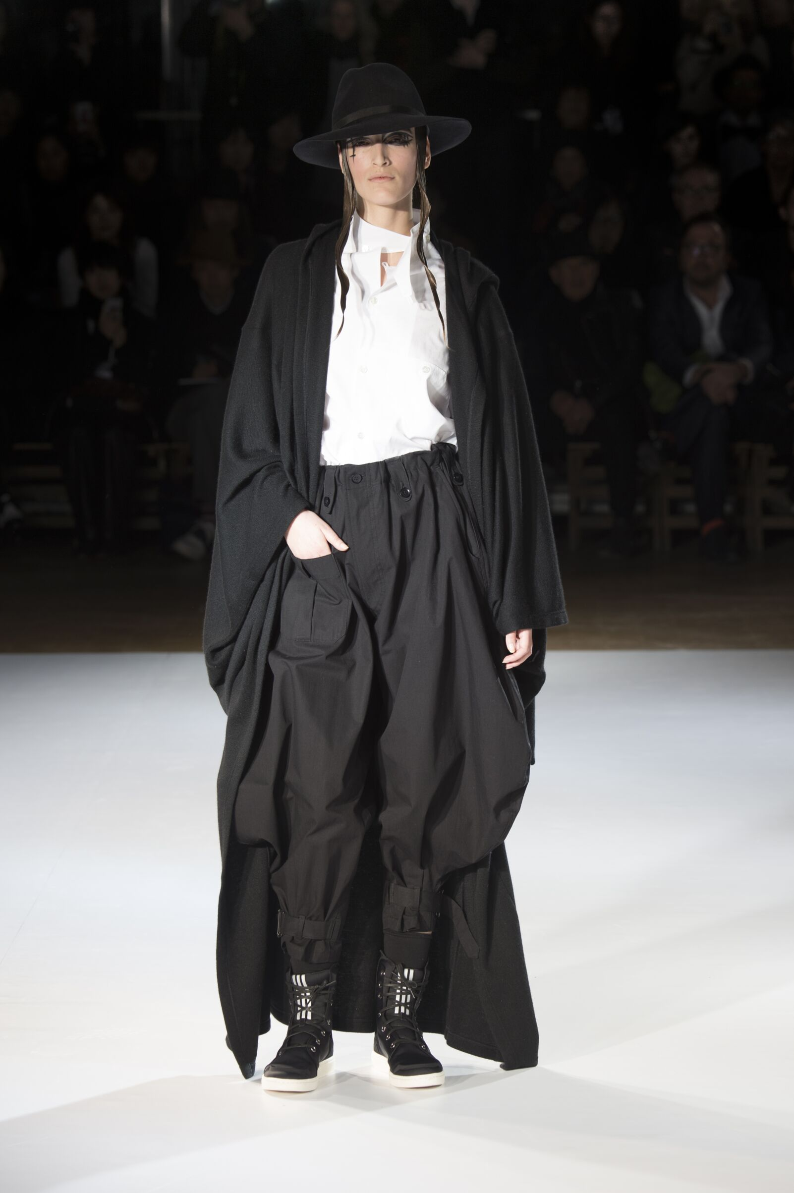 Winter 2015 Fashion Trends Yohji Yamamoto Collection