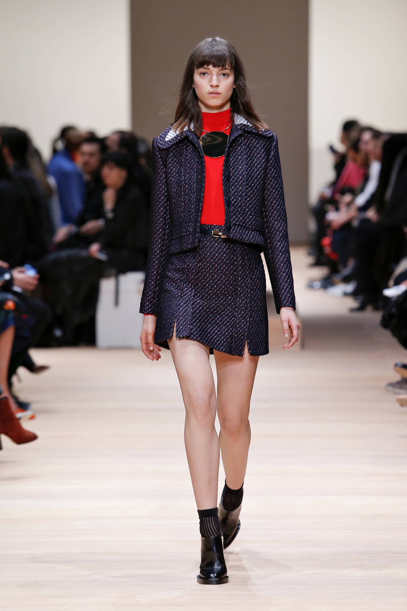 Winter 2015 Woman Trends Carven Collection