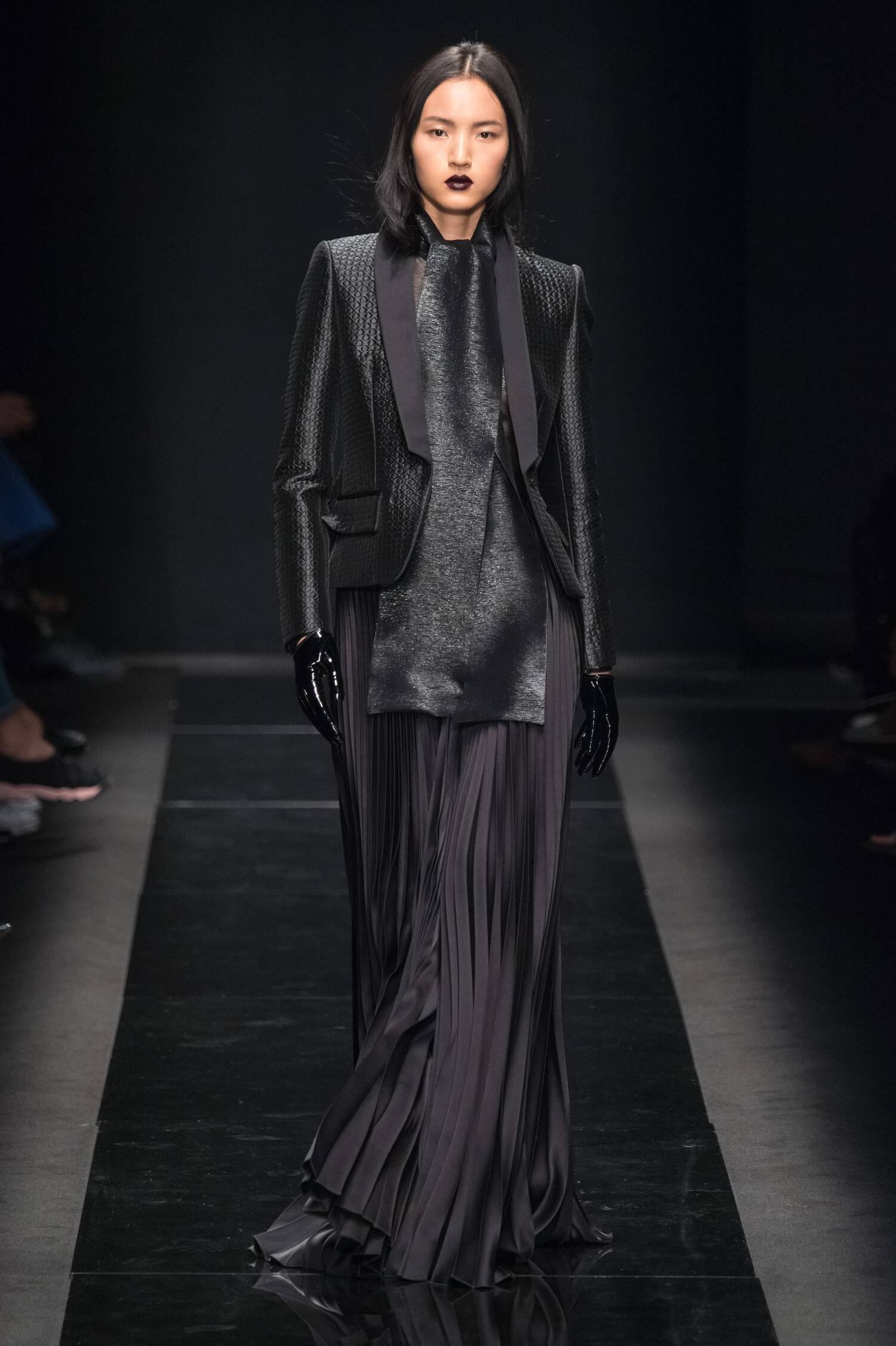 Winter 2015 Woman Trends Emanuel Ungaro Collection