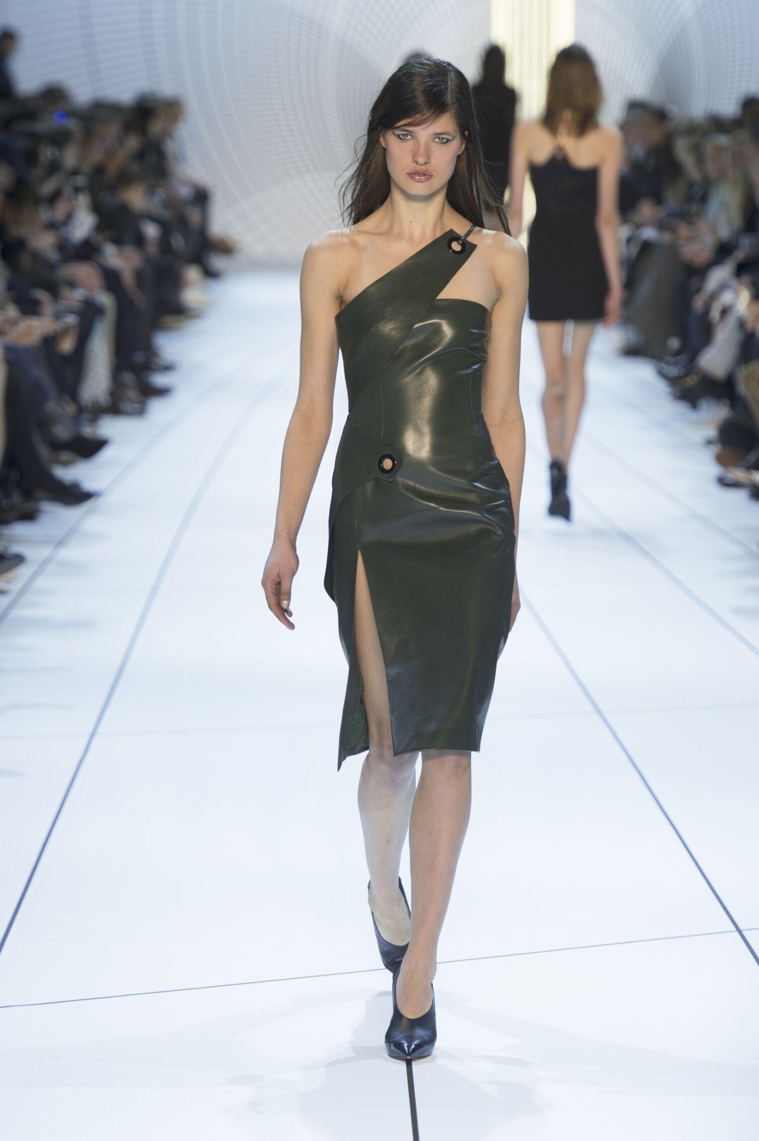 Winter 2015 Woman Trends Mugler Collection