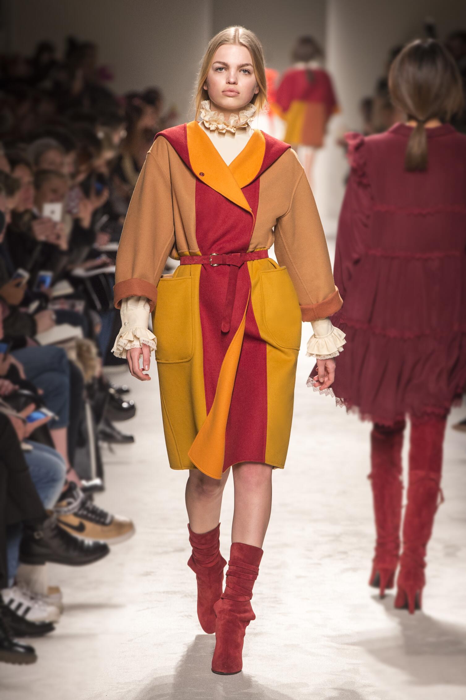Winter 2015 Woman Trends Philosophy di Lorenzo Serafini Collection