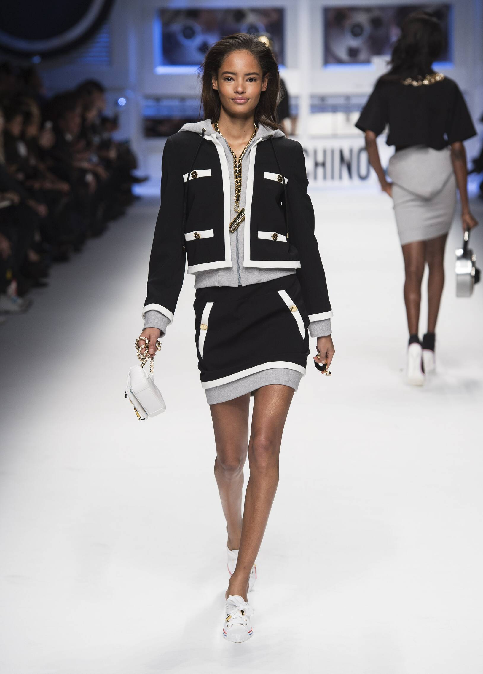 Winter Fashion Trends 2015 2016 Moschino Collection