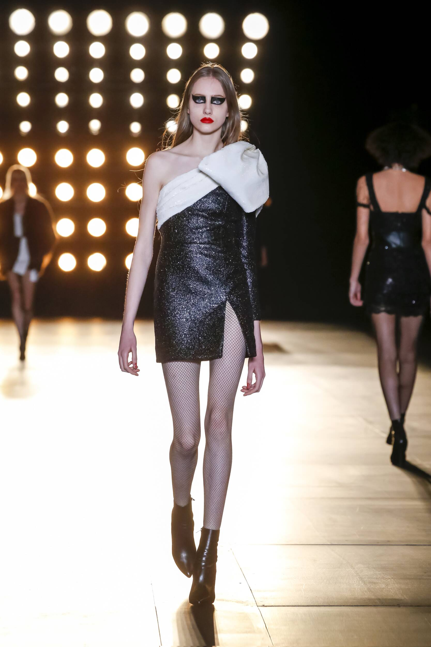 Winter Fashion Trends 2015 2016 Saint Laurent Collection