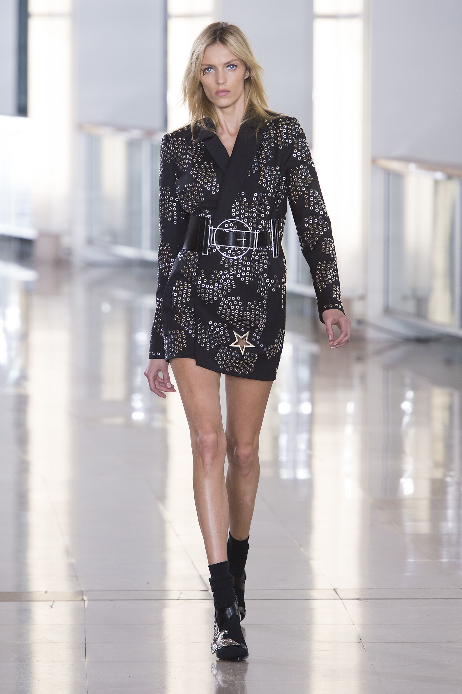 Woman Style Anthony Vaccarello